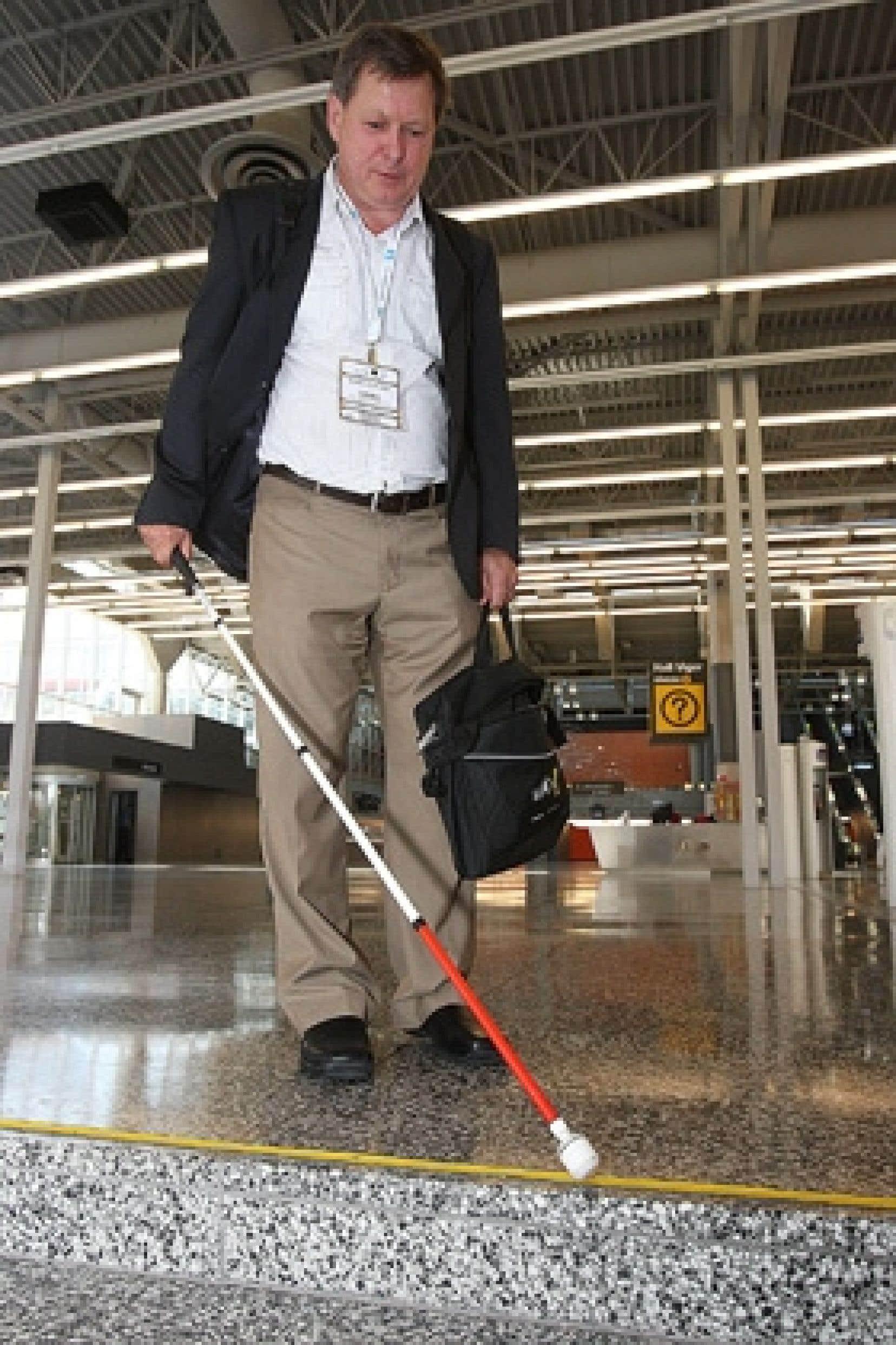 rencontre quelqu'un légalement aveugle