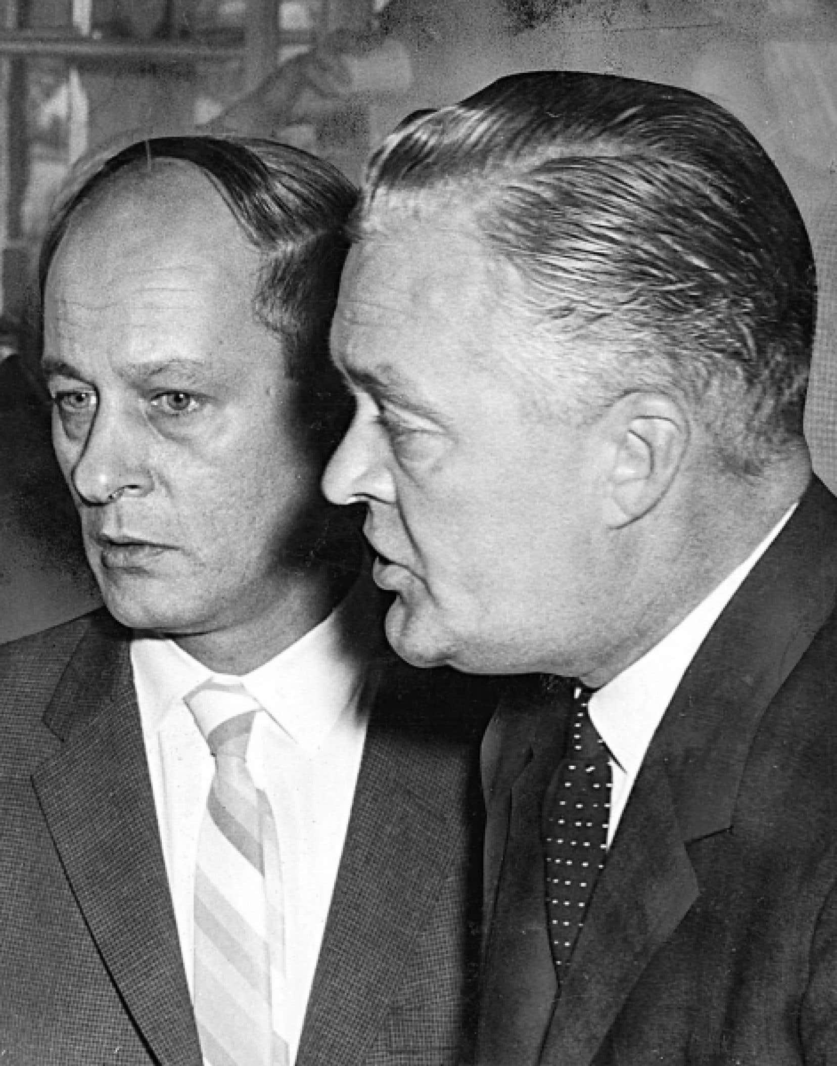 Jean Lesage en compagnie de René Lévesque, en septembre 1962