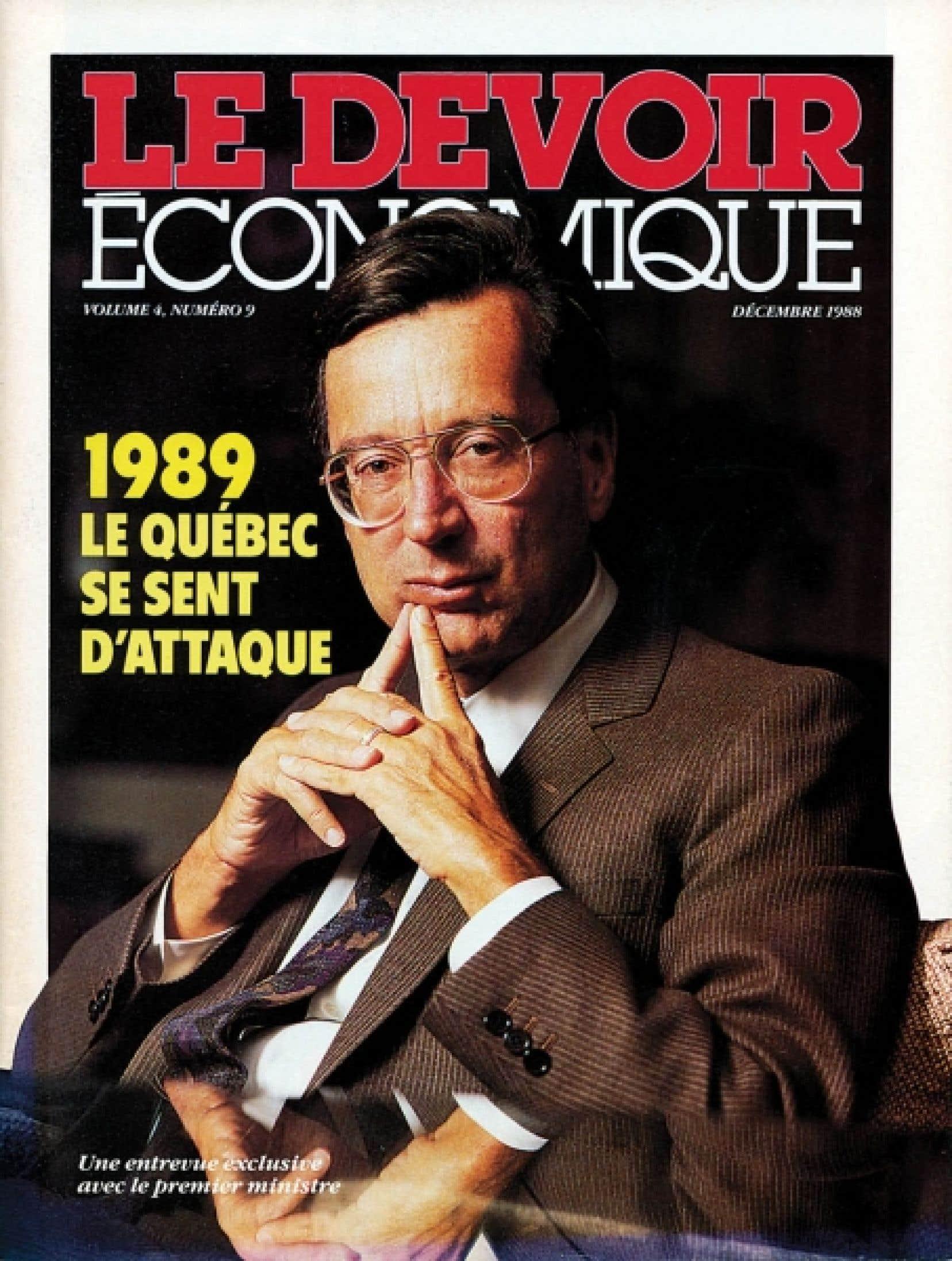 Le Devoir fut longtemps éditeur, de livres, certes, mais aussi de revues spécialisées. S'il y eut, entre autres, un Passeport consacré aux voyages, son mensuel Le Devoir économique parut avec succès de 1985 à 1990.