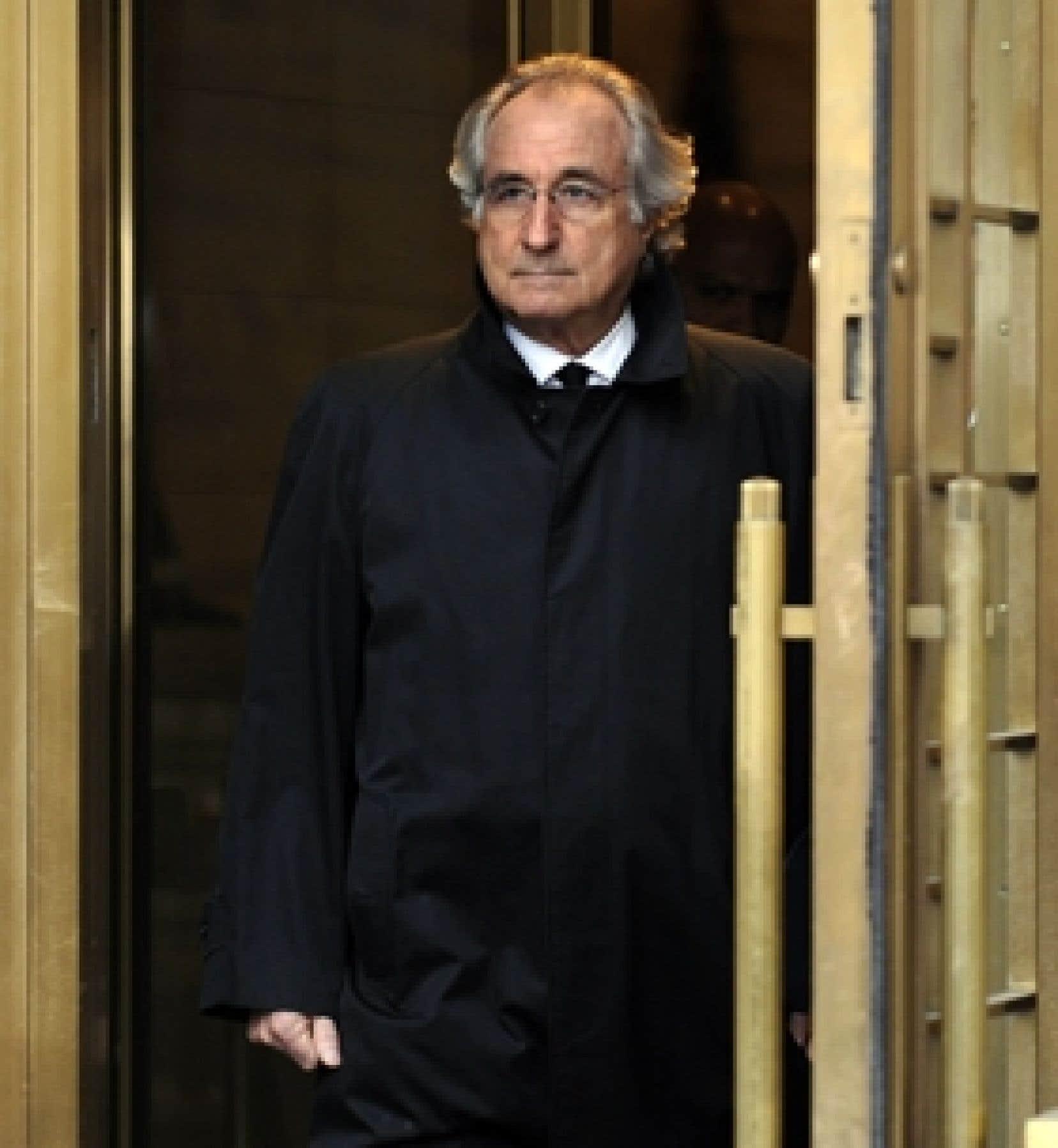 La fraude de Bernard Madoff représente le plus important crime financier dans l'histoire de Wall Street.