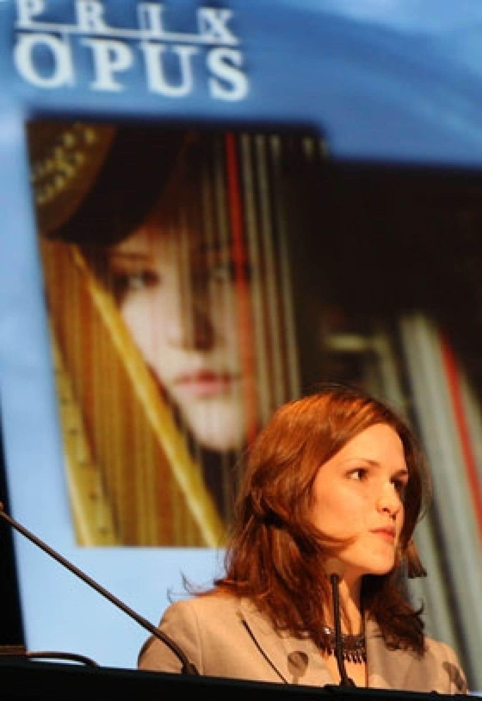 La harpiste Valérie Millot s'est distinguée en recevant le prix de la découverte de l'année.