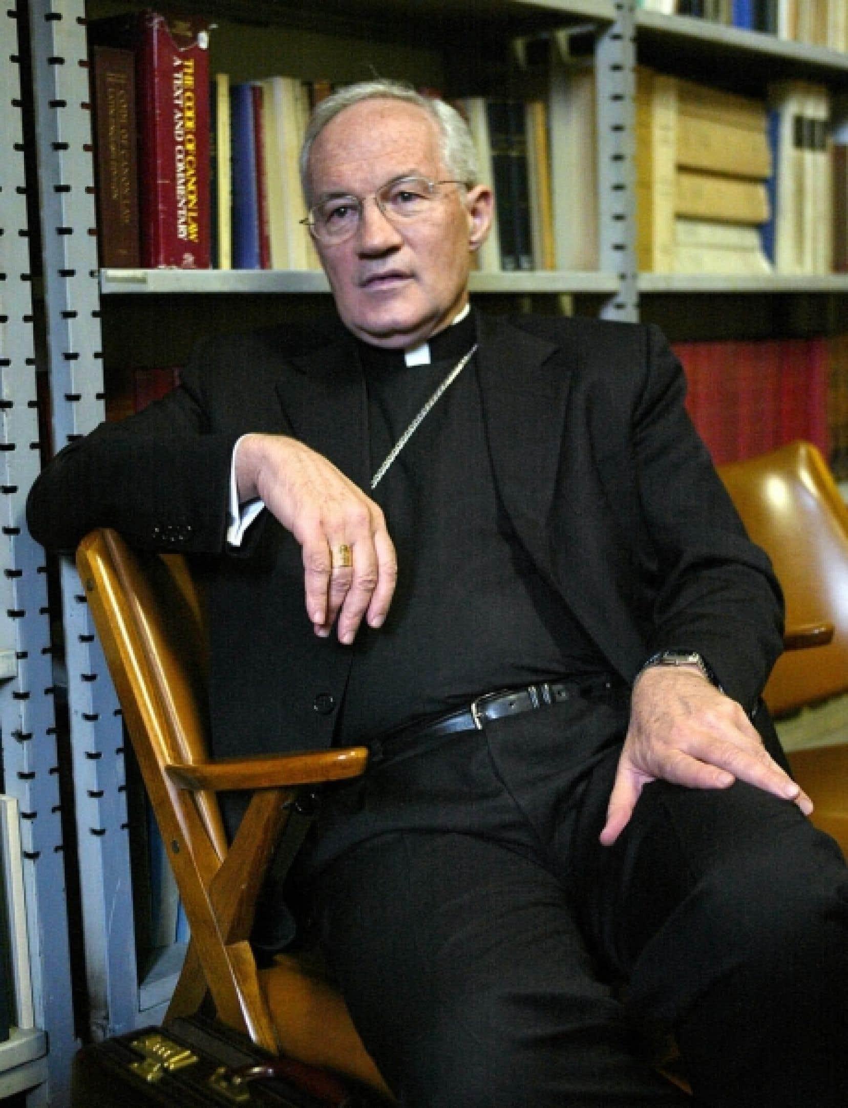 Selon l'Association des victimes de prêtres, Mgr Ouellet est l'ultime responsable du silence et de l'indifférence de l'Église catholique à l'égard des victimes d'agressions sexuelles en son sein.