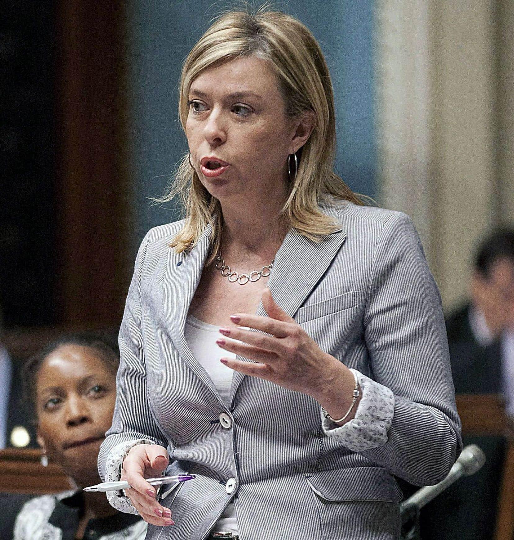 La ministre responsable du Travail, Dominique Vien