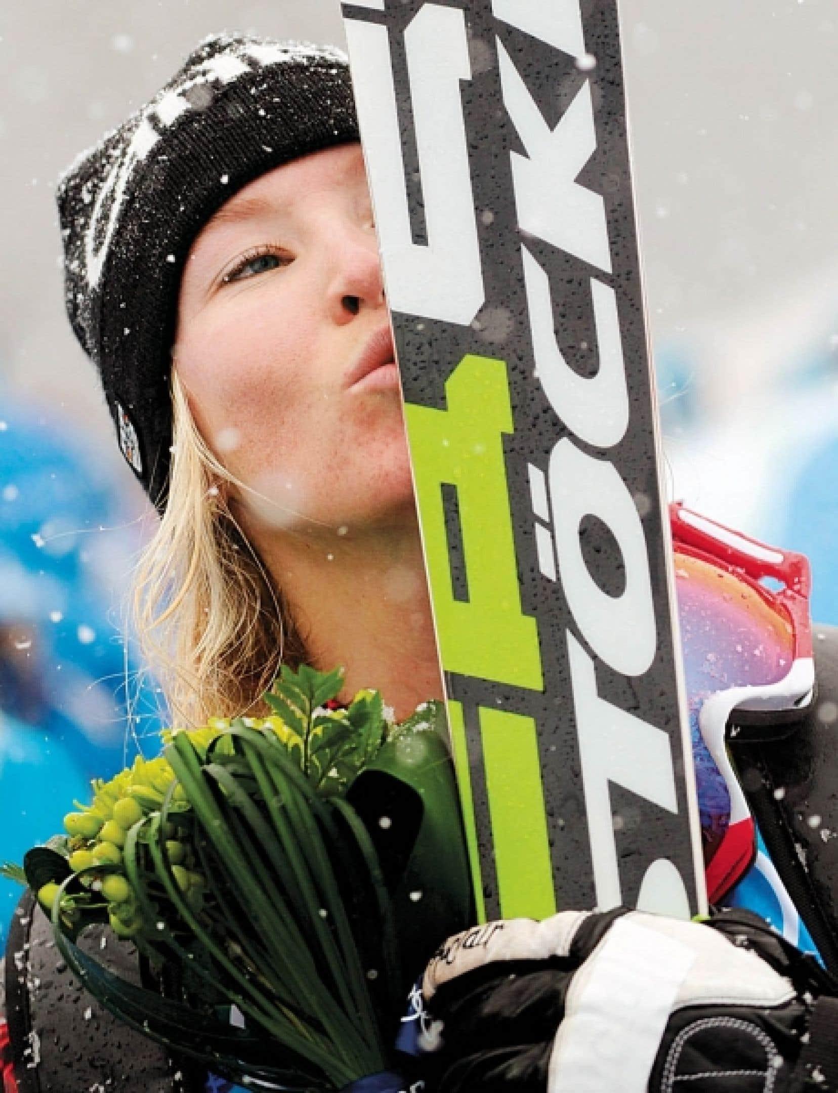 C'est une Canadienne de tout juste 20 ans qui a récolté hier le premier titre olympique de ski cross, une nouvelle épreuve qui fait ses débuts aux Jeux de Vancouver. Originaire de l'endroit, Ashleigh McIvor a franchi chaque étape avec la même précision d'horloger pour triompher dans une finale disputée sur une piste balayée par les flocons de neige et le vent.