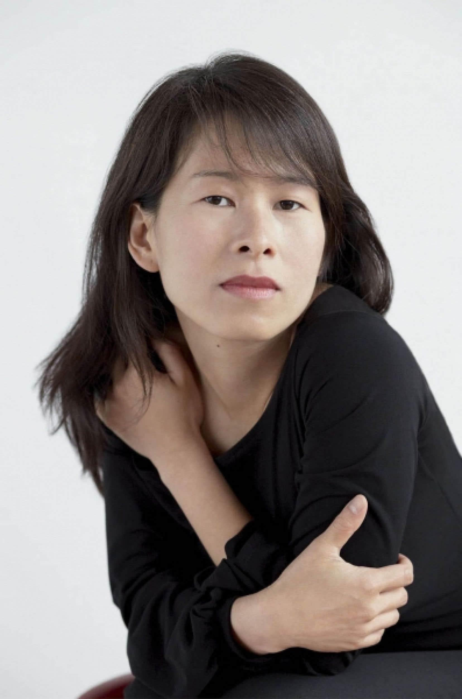 L'auteure montréalaise Kim Thuy a été couronnée hier grande lauréate du prix RTL-Lire du Salon du livre de Paris.