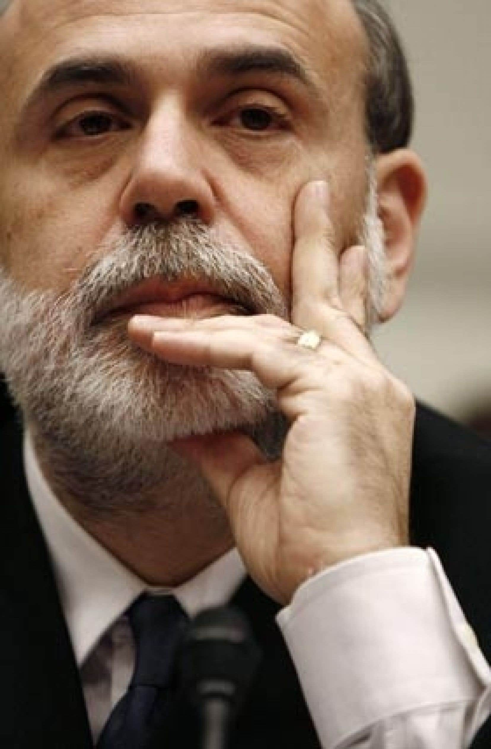 «La possibilité d'utiliser une politique classique d'action sur les taux pour soutenir l'économie est évidemment limitée à ce stade», a déclaré Ben Bernanke hier.
