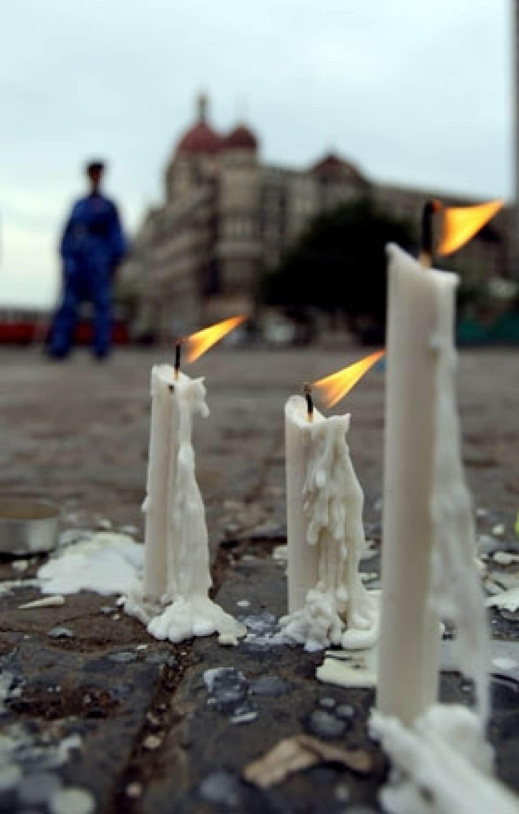 Le dernier bilan des attaques terroristes, revu à la baisse mais encore susceptible de bouger, s'établissait à 174 morts.