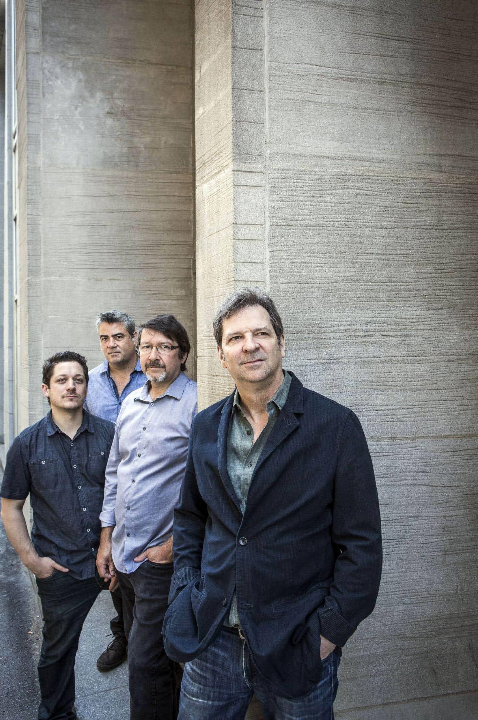 Le 11octobre, le quartet mené par François Bourassa (à l'avant-plan) occupera la scène du Lion d'Or.