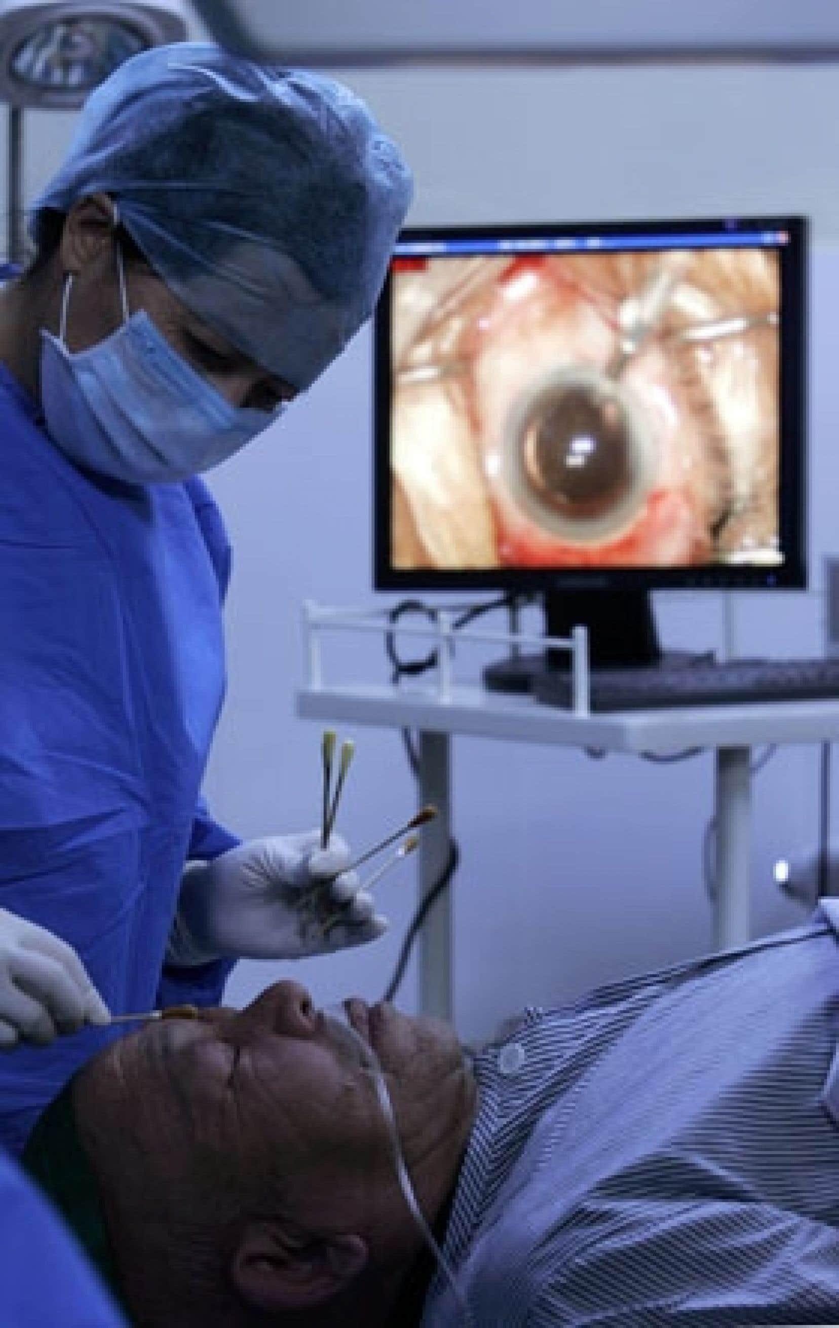 Les cliniques privées ne sont pas nombreuses à effectuer les chirurgies de la hanche, du genou et de la cataracte. Les personnes susceptibles de subir ces interventions sont surtout des aînés, et le marché pour un produit d'assurance santé privé