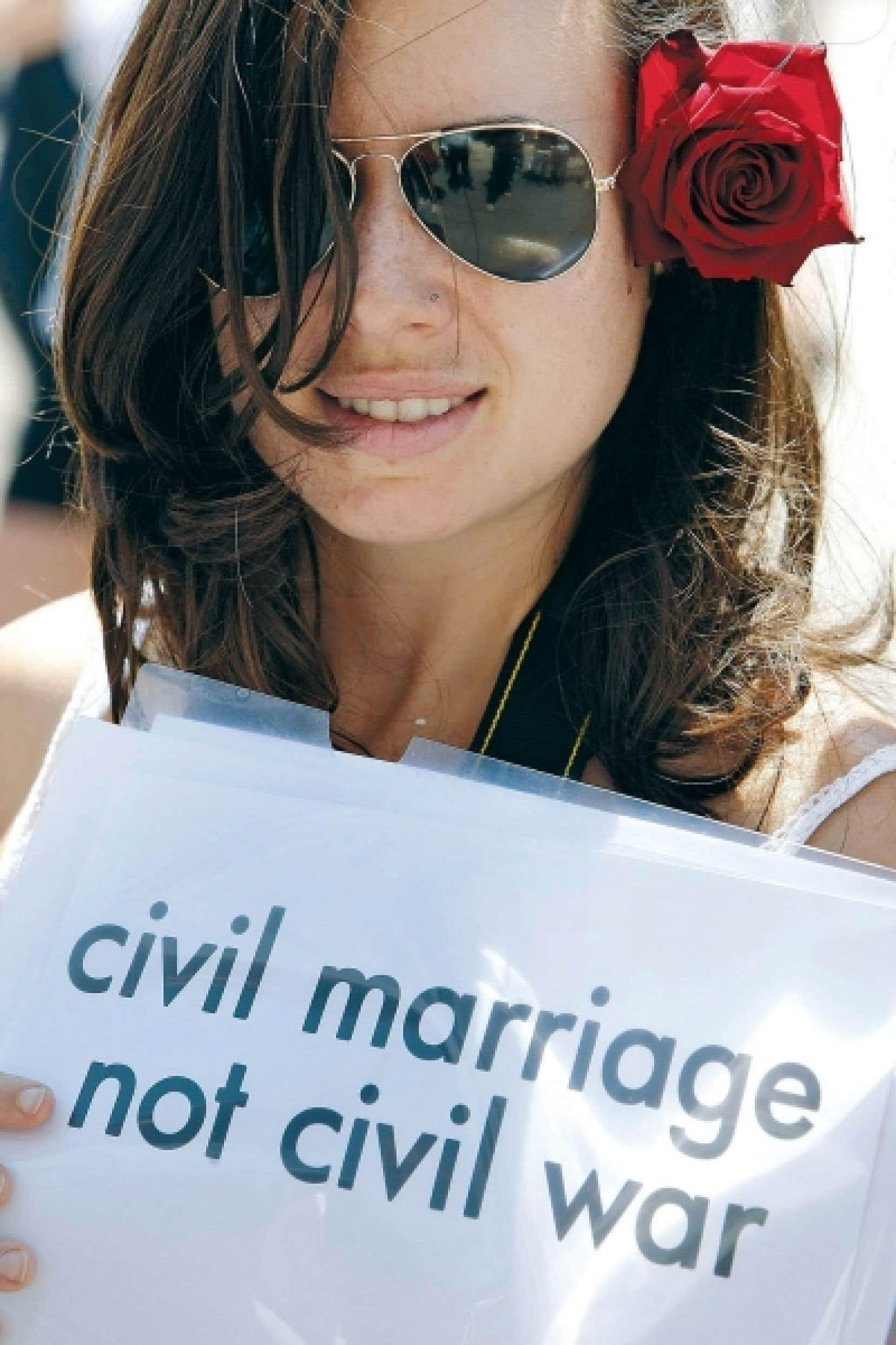 Une manifestante libanaise hier: «Le mariage civil, pas la guerre civile.»