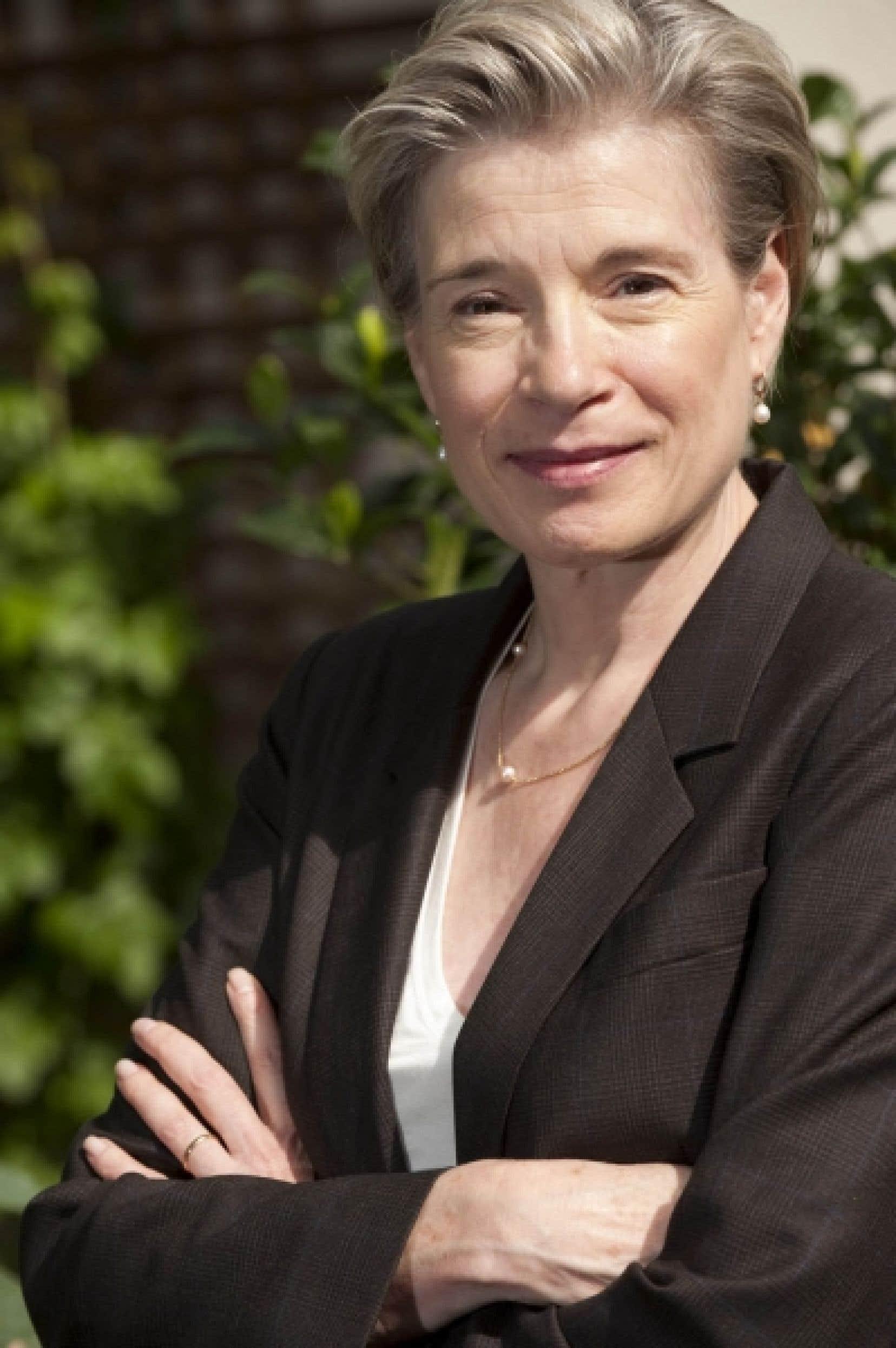 Monique C. Cormier, professeure titulaire au Département de linguistique et de traduction de l'Université de Montréal, stipule que la science devrait en fait prendre plus de place dans le débat public.