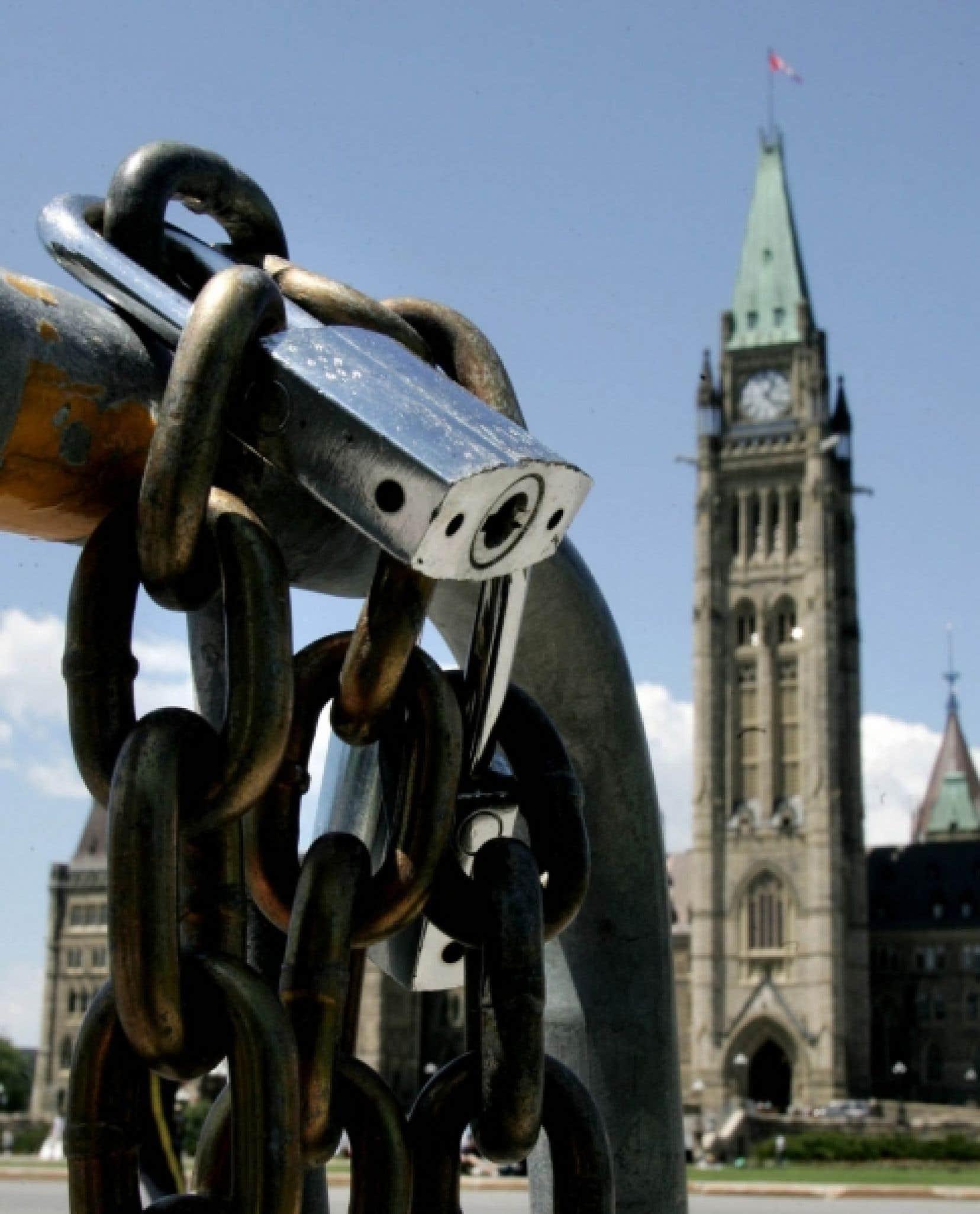 Lorsqu'il était dans l'opposition, Stephen Harper était un champion de la transparence et en avait même fait un des thèmes de sa campagne de 2006. Les temps ont changé et le Canada fait désormais figure de cancre en matière de transparence gouvernementale.