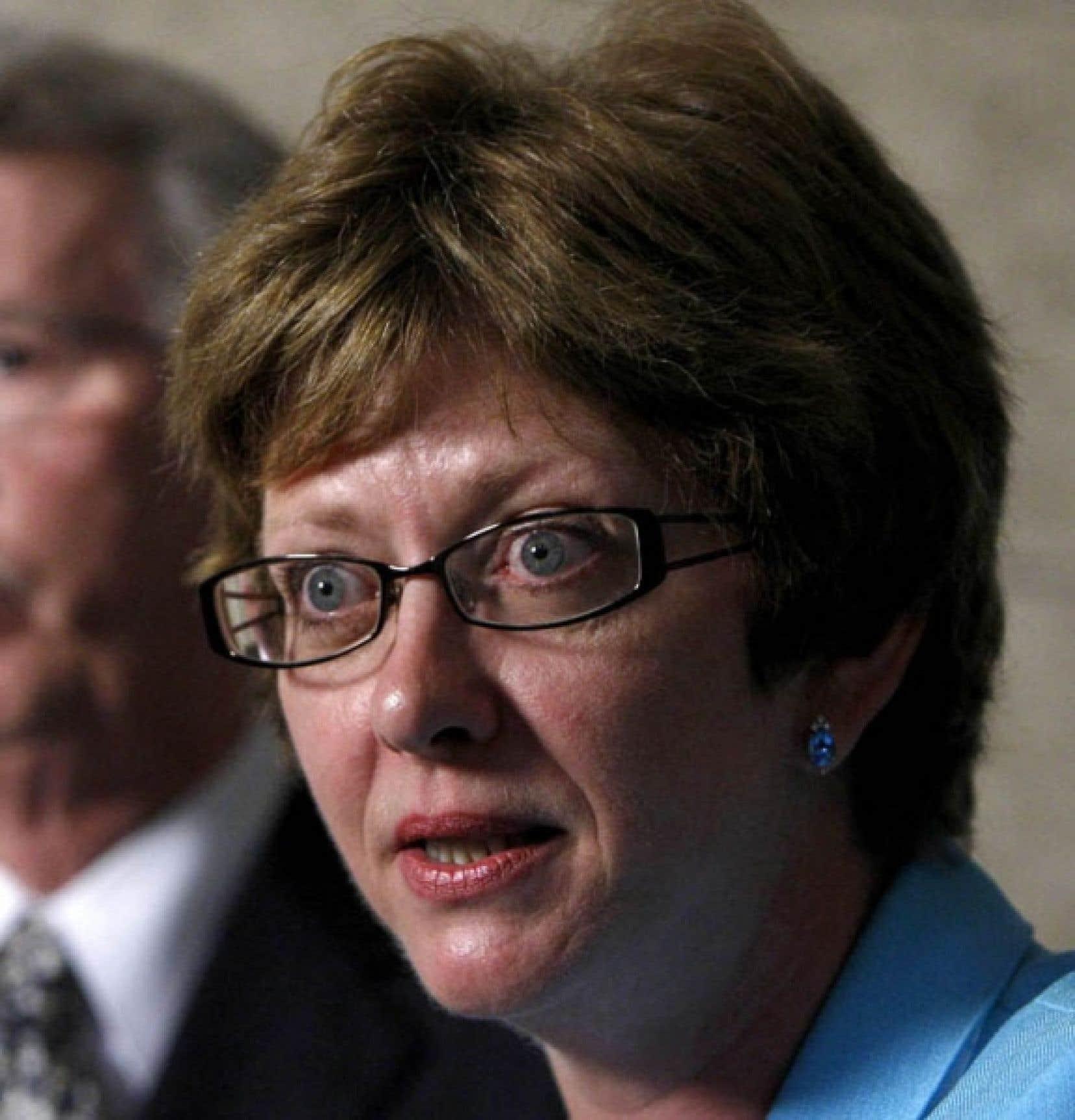 La ministre Diane Finley a avoué que jusqu'à récemment, son gouvernement ne savait pas qu'il versait des prestations de la Sécurité de vieillesse aux détenus.