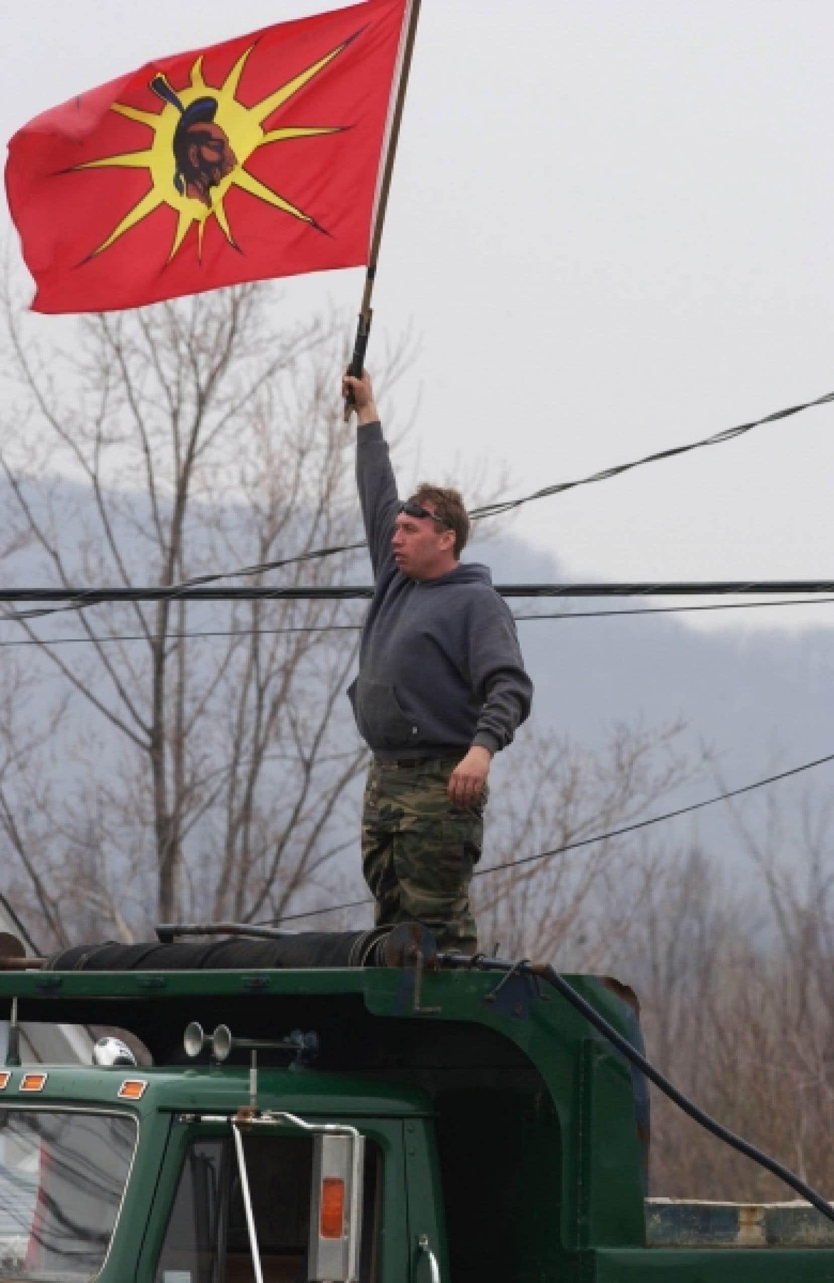La stratégie des Guerriers de diviser et de déstabiliser la Sûreté du Québec, dès son arrivée à Oka, a manifestement bien fonctionné<br />