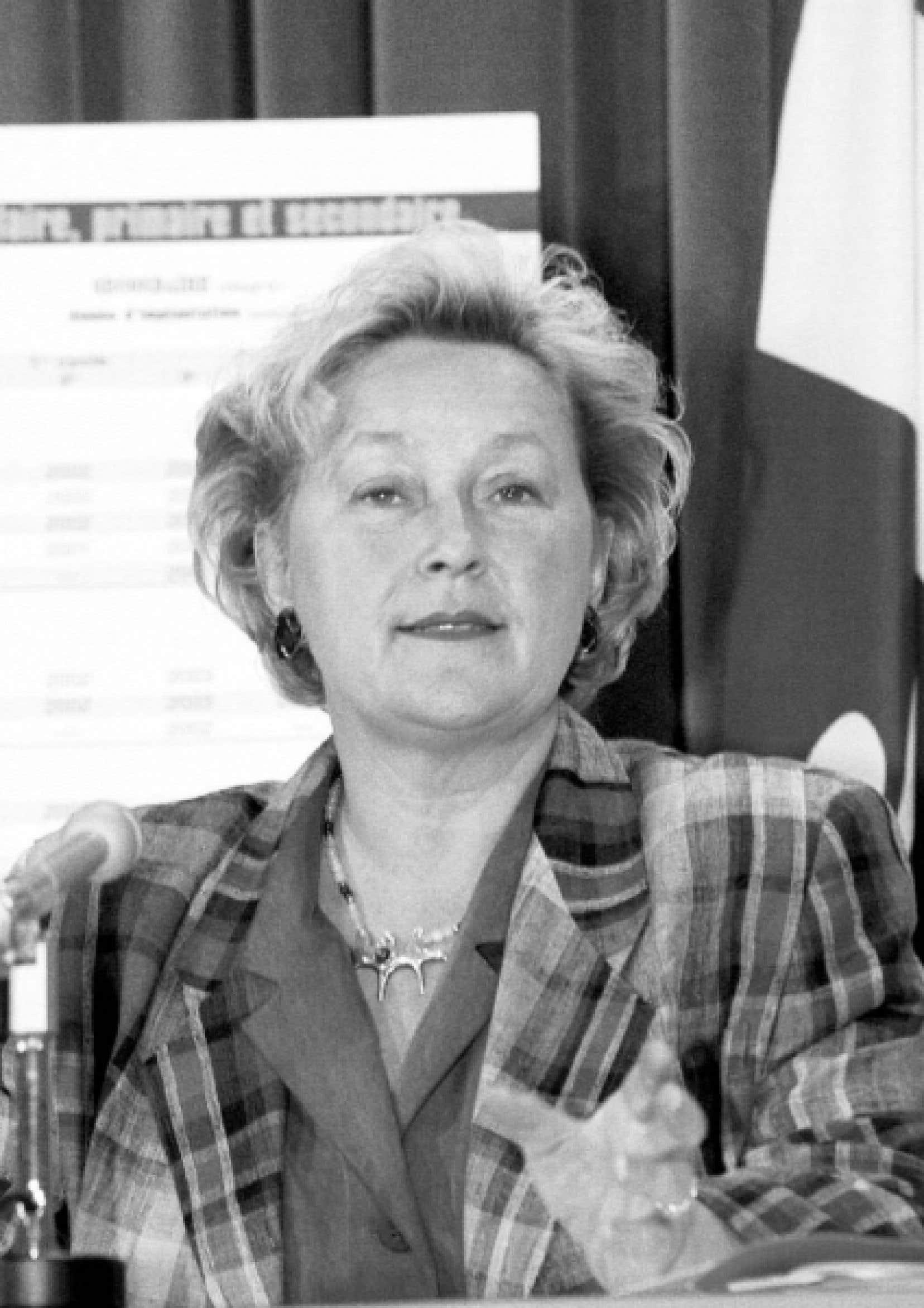 Pauline Marois a convaincu son gouvernement, puis toute l'Assemblée nationale, de faire sauter le «verrou constitutionnel» de 1867.<br />