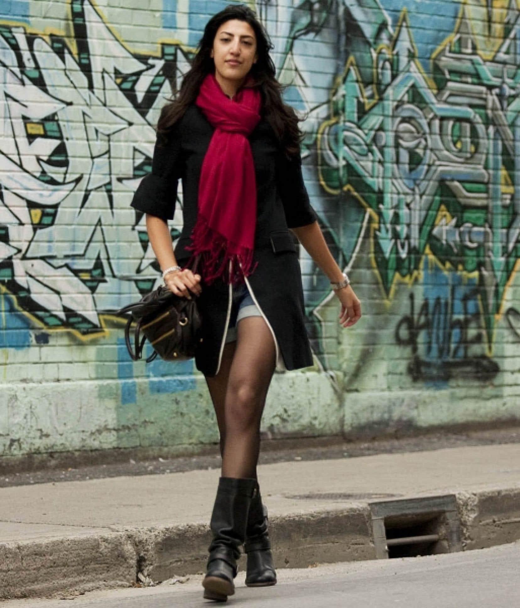 Les femmes recherchent l'excentricité afin de se sentir uniques, estime Mariette Julien, chercheuse à l'UQAM et auteure de l'Éthique de la mode féminine, un recueil de textes publié récemment aux Presses universitaires de France (PUF). «Cette recherche d'exclusivité fait écho à l'importance du moi dans nos sociétés individualistes.» <br />
