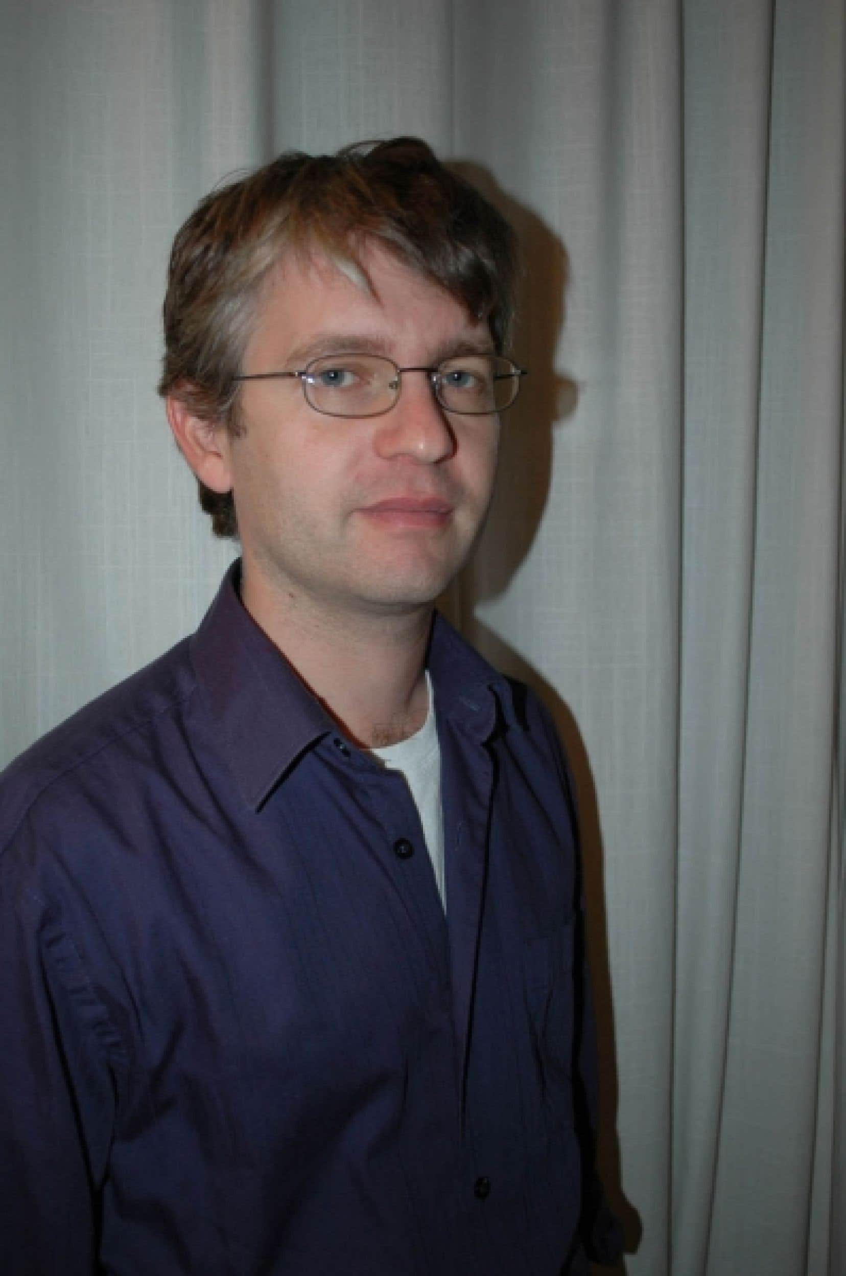 Nicolas Martin enseigne dans les classes d'accueil, à l'école primaire Jean-Grou, à Saint-Laurent.