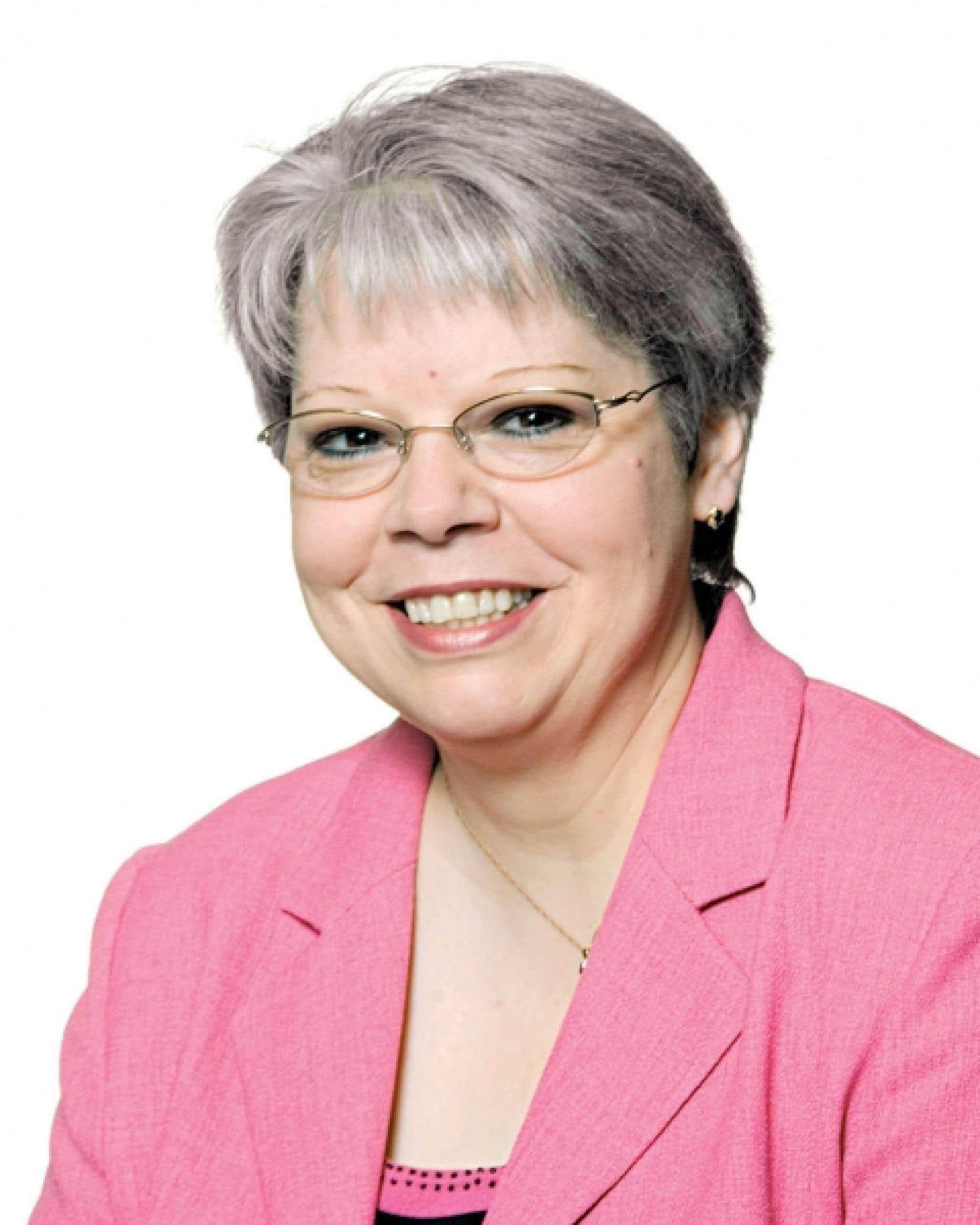Lyne Bouchard, présidente du conseil d'admi-nistration du Réseau Action TI<br />