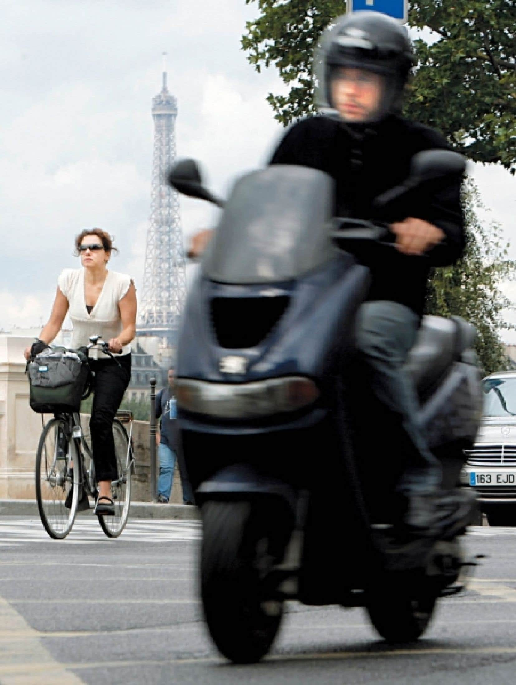 La Ville de Paris repense le transport urbain de manière à donner un net avantage aux deux-roues.<br />