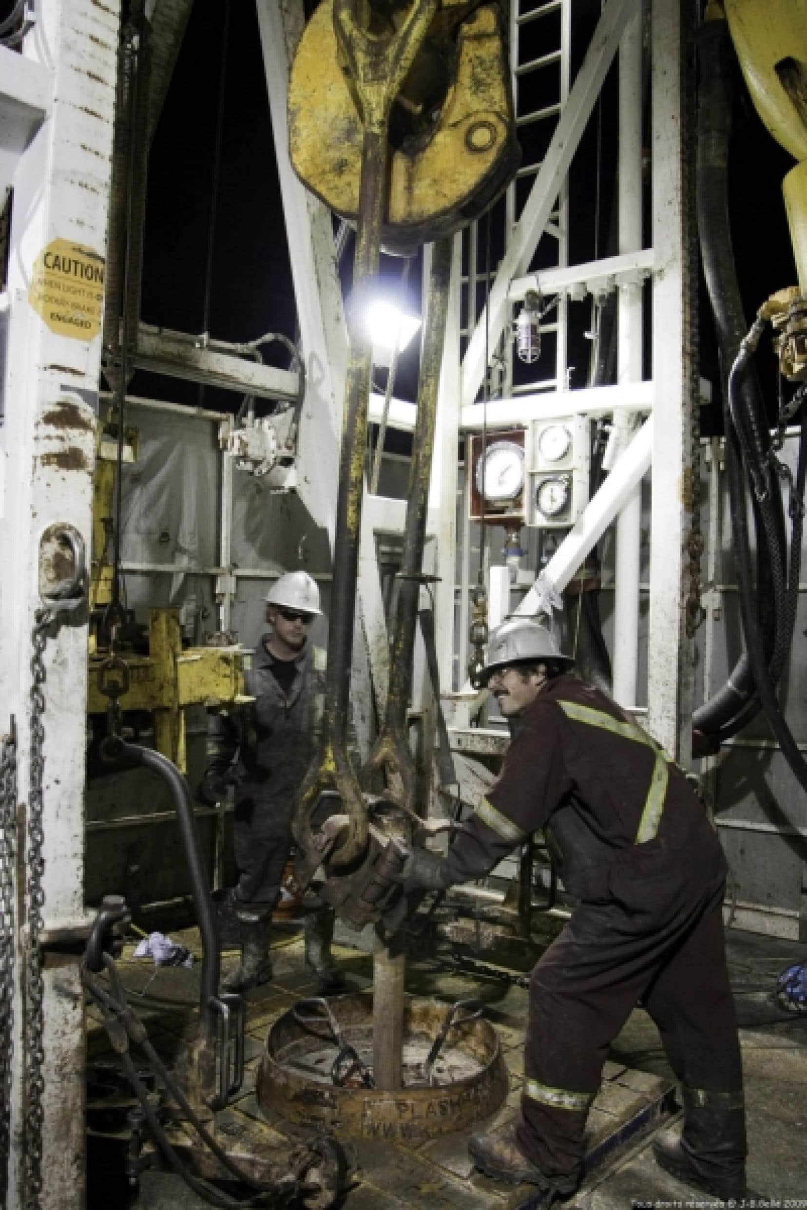 Selon ce qu'a confié hier au Devoir une source bien au fait du dossier, plusieurs citoyens craignent que Pétrolia procède à des opérations de fracturation hydraulique.