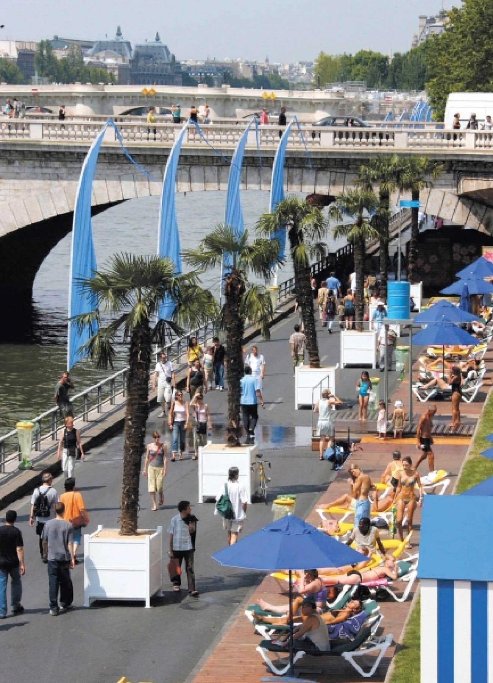Depuis 2002, avec Paris Plages, les quais se donnent des allures de station baln&eacute;aire pendant un mois de l&rsquo;&eacute;t&eacute;. <br />