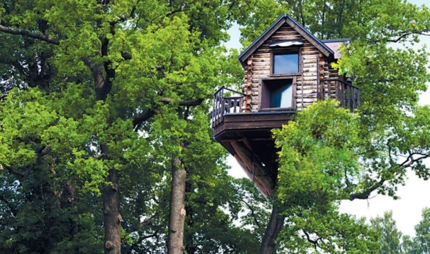 Au Salon chalets et maisons de campagne, on pourra visiter une cabane construite dans les arbres par une entreprise des Laurentides, Vivre perché.