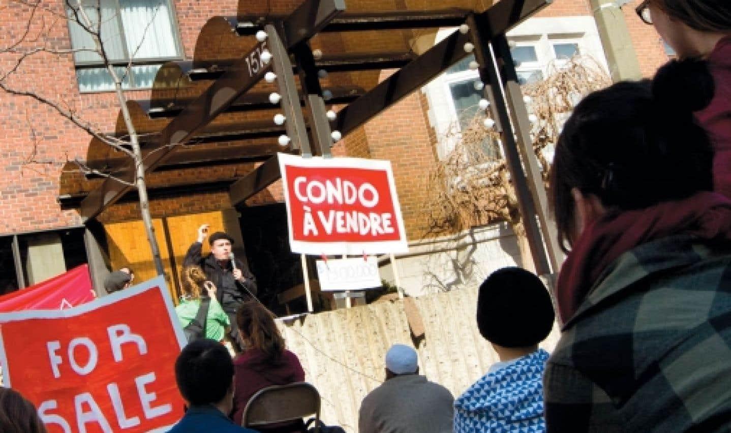 Lutte contre la hausse des droits de scolarité - Les camps se radicalisent