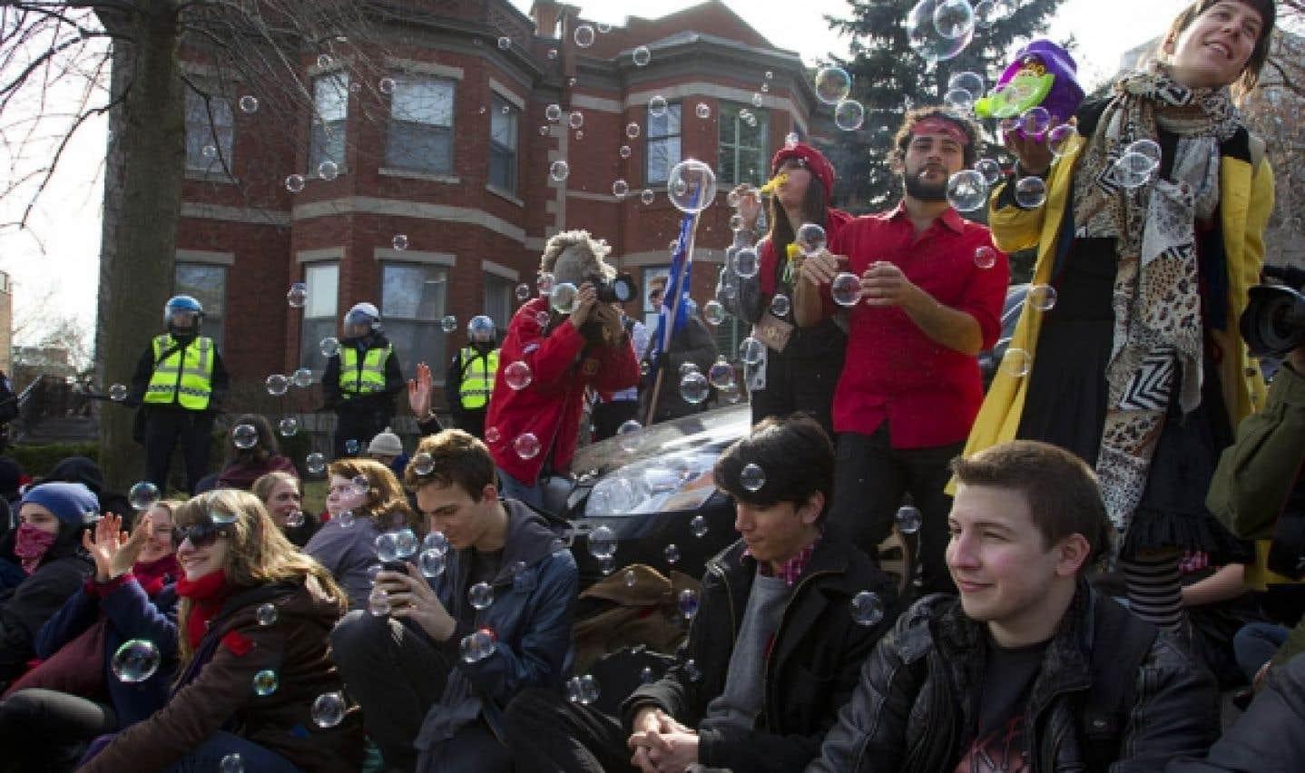 Grève étudiante - L'impasse devra se dénouer au retour de Pâques