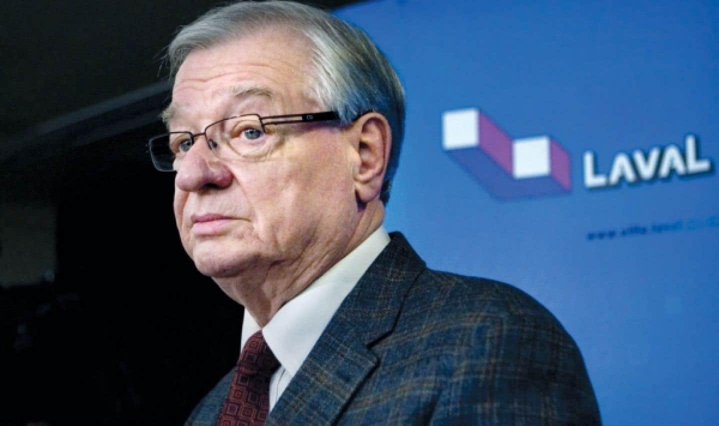 Gilles Vaillancourt, maire de Laval. La Ville de Laval est particulièrement délinquante : entre 2004 et 2010, le MAMROT estime qu'aucune des dépenses remboursées au parti du maire, le PRO des Lavallois, ne correspond à la définition de la recherche et du secrétariat.
