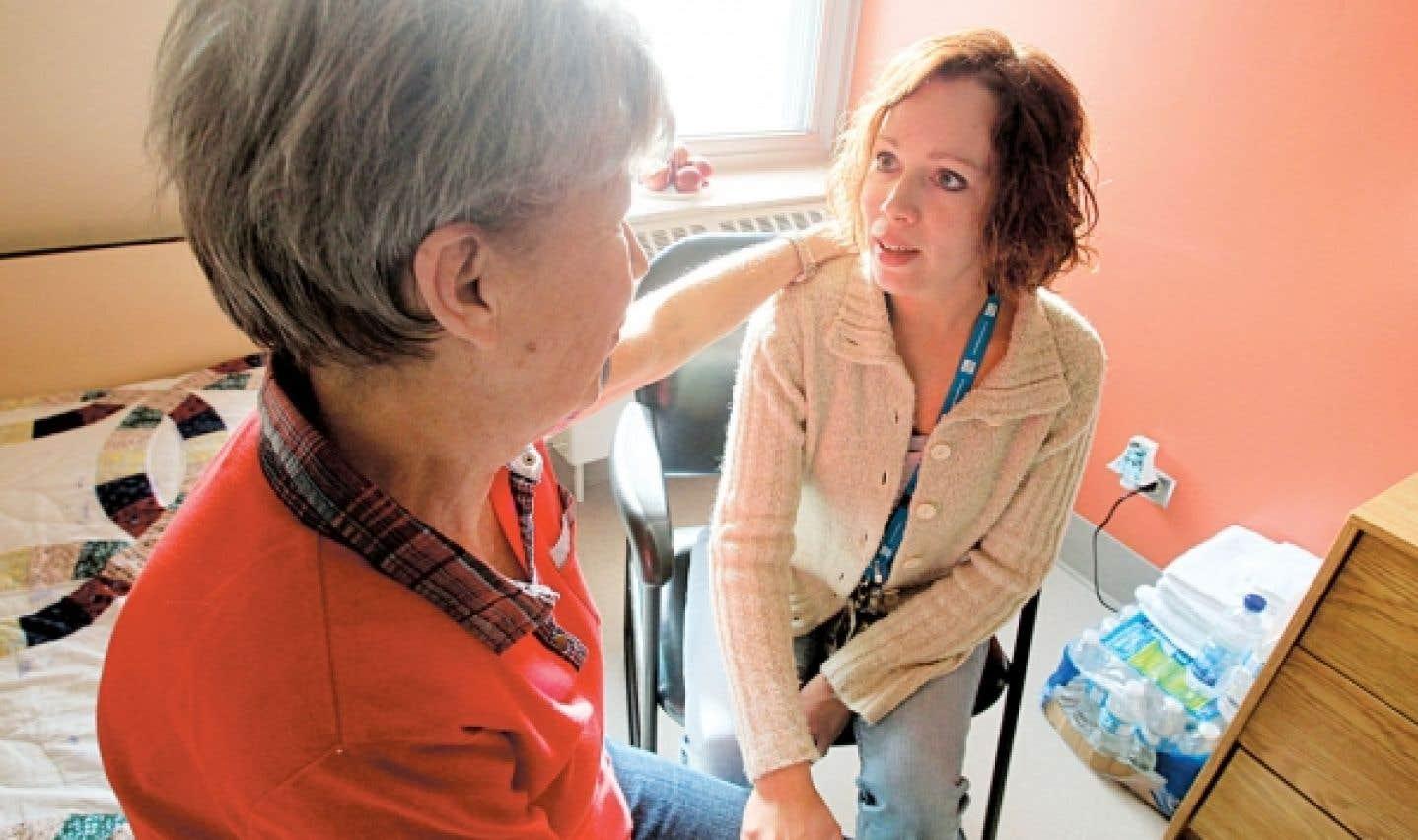 La FSSS espère que les conditions de travail des employés des centres d'hébergement privés pour personnes âgées s'amélioreront. Cela contribuera à garantir aux aînés des soins appropriés, la population du Québec étant de plus en plus vieillissante.