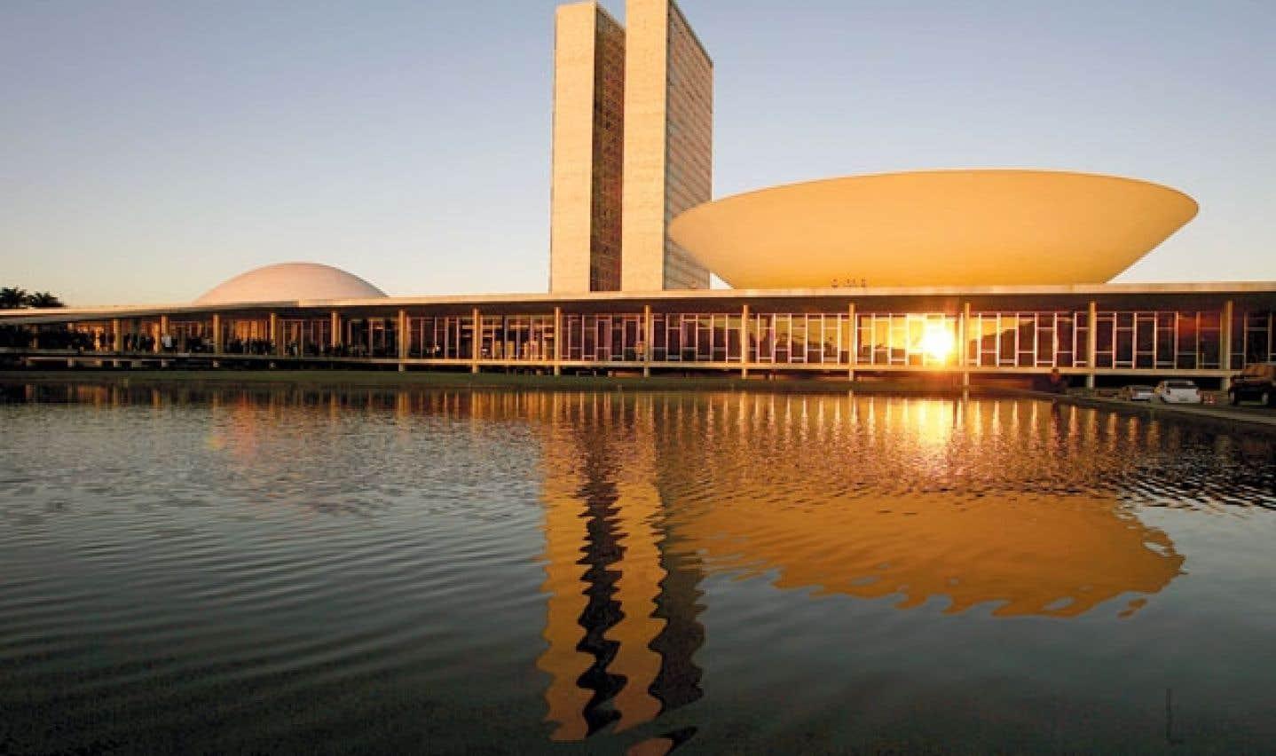 Arts visuels - L'architecte brésilien Oscar Niemeyer n'est plus