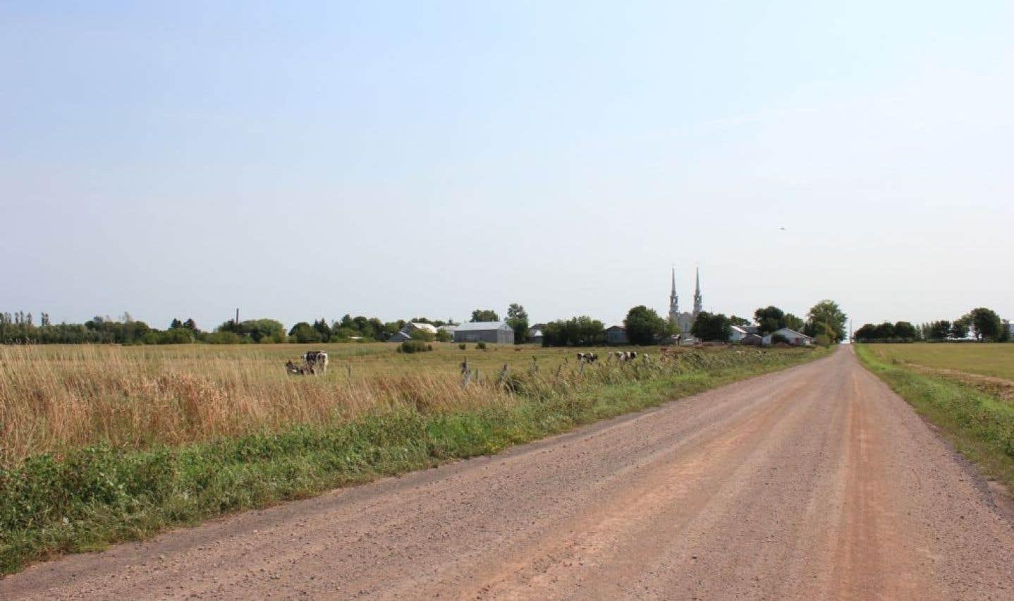 La municipalité d'Issoudun compte 869 habitants, selon le dernier recensement.