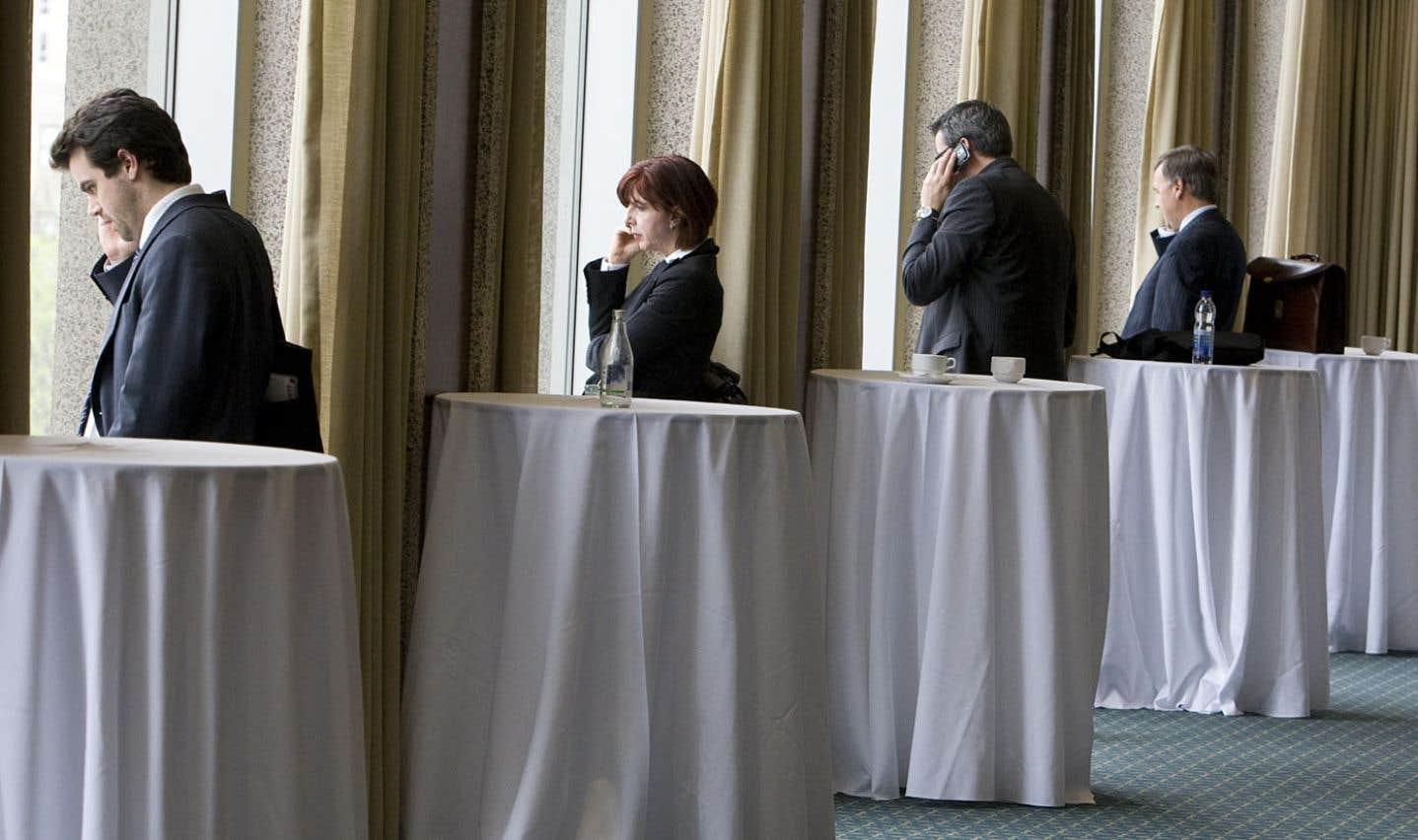 Le nombre de femmes accédant aux postes de haute direction est passé de 38 à 40 % de 2006 à 2010, selon la SPGQ.
