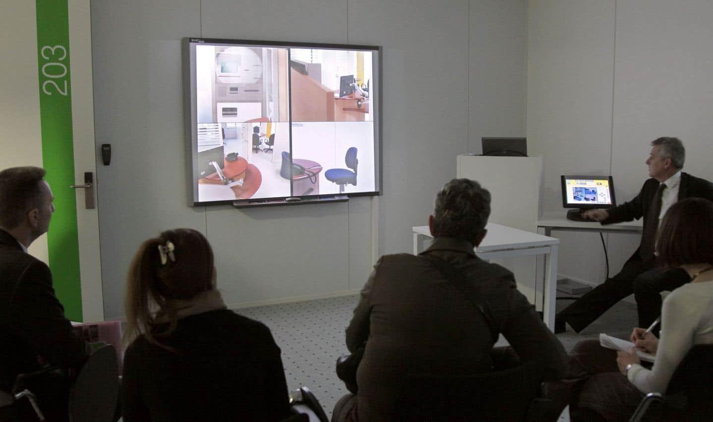 La formation en milieu de travail permet, entre autres, d'améliorer l'efficacité des employés.