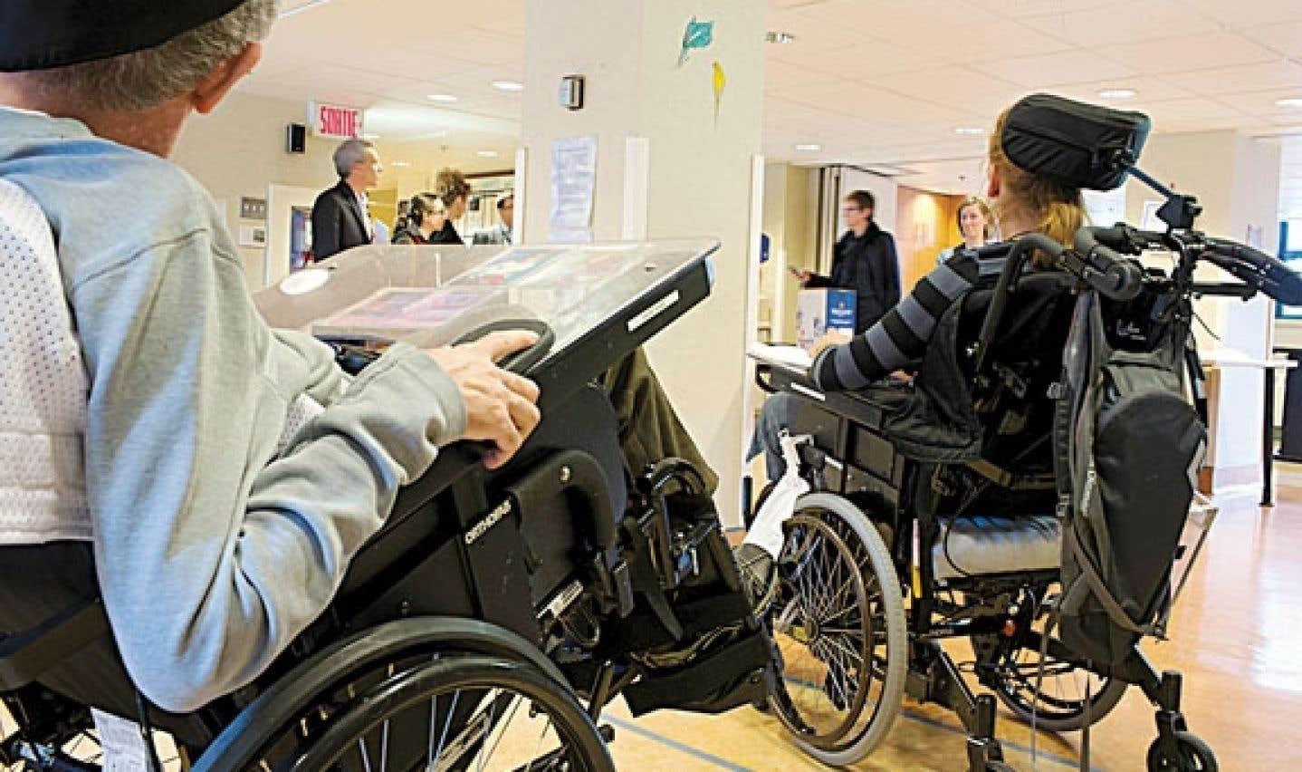 «En réduisant l'accès aux CHSLD, on a permis aux résidences privées de donner davantage de soins de santé. Mais on a dû se rendre compte que ça ne fonctionnait pas, parce que la prestation de soins était inégale d'une résidence à l'autre», croit Daniel Boyer, secrétaire général de la FTQ.