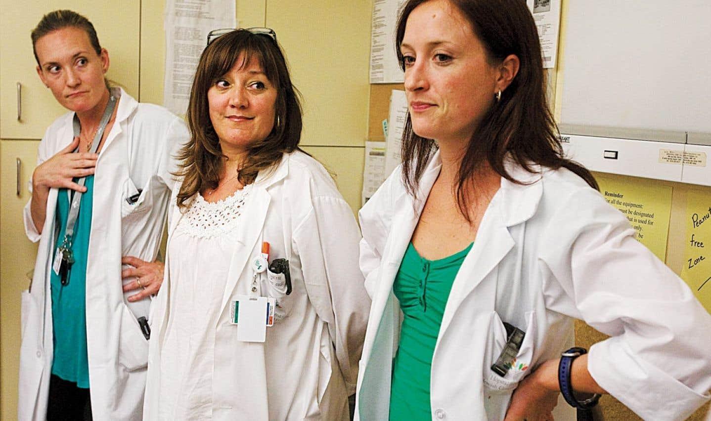 Selon les chiffres de l'OIIQ, le nombre d'infirmières bachelières augmente d'un peu moins d'un point de pourcentage depuis 1992.