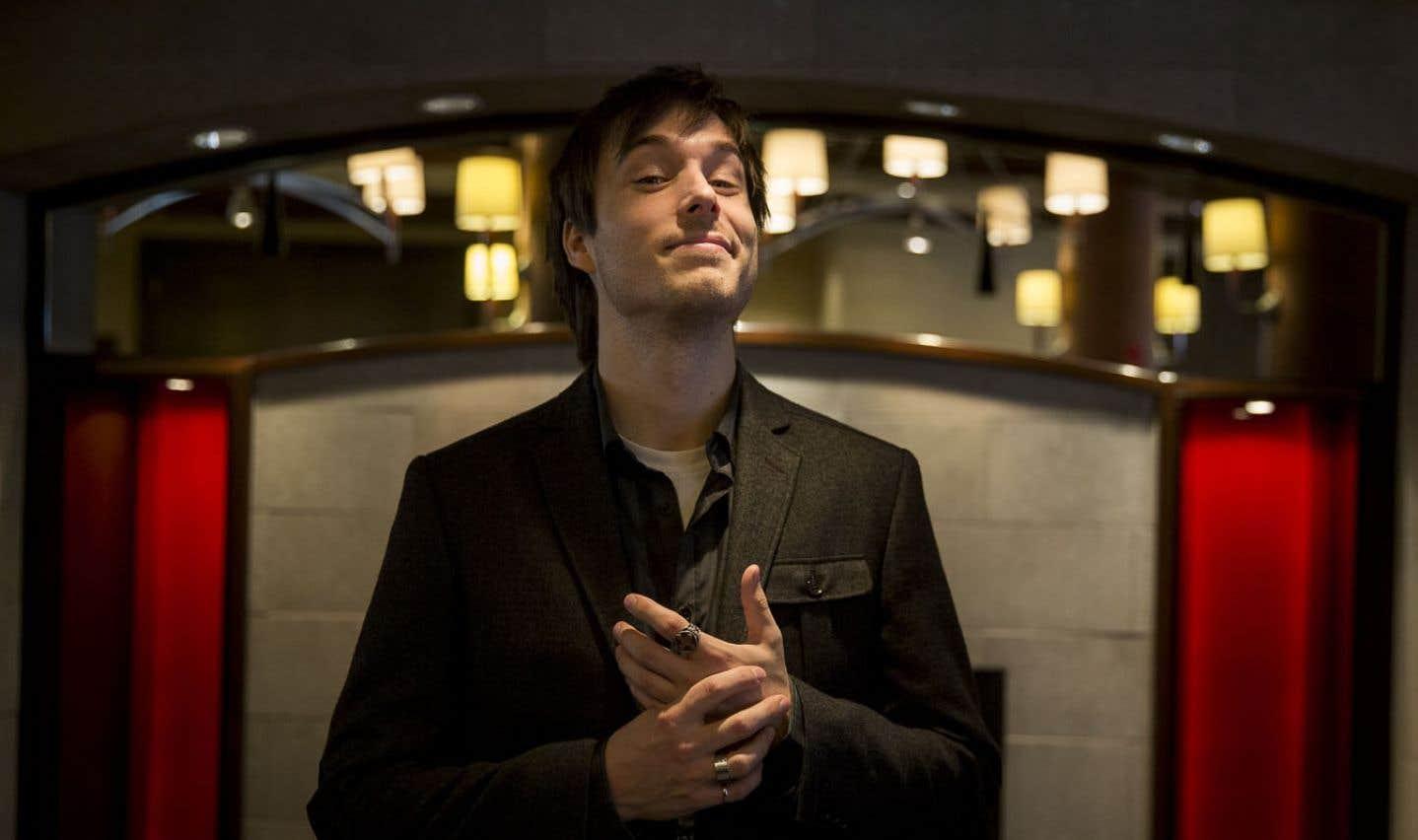 «J'aime bien mettre en évidence les fondements scientifiques de la magie. À mes yeux, cela lui donne ses lettres de noblesse », déclare Luc Langevin.