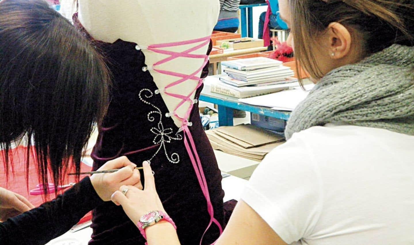 Le projet « Je m'emballe autrement » a occupé les élèves de l'école secondaire des Patriotes.