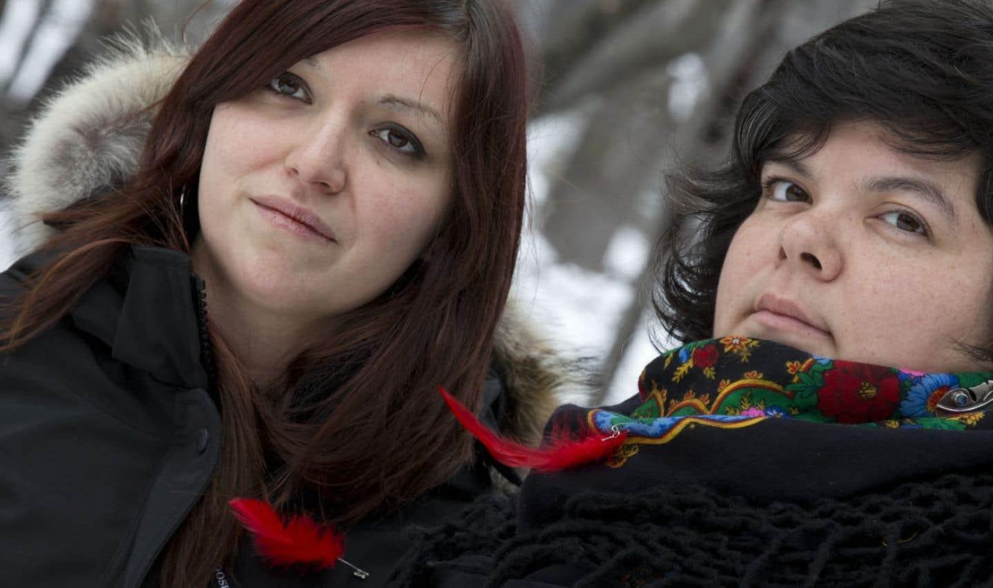 Des femmes autochtones se réjouissent que la FFQ les incluent dans sa démarche d'analyse et d'action. C'est le cas de Widia Larivière, cofondatrice de la section québécoise de Idle No More.