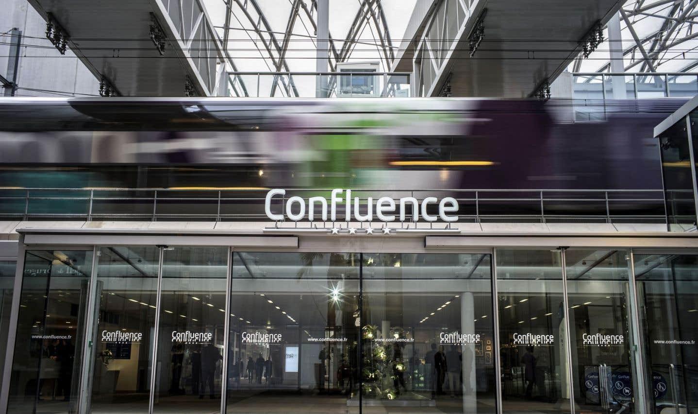 Confluence est un nouveau quartier branché bâti sur les friches industrielles au sud du centre-ville de Lyon.