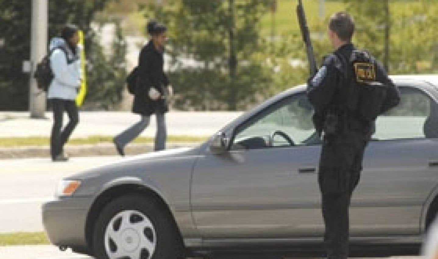 Tuerie à l'Université Virginia Tech - «J'ai vu les balles frapper le corps des gens. Il y avait du sang partout.»
