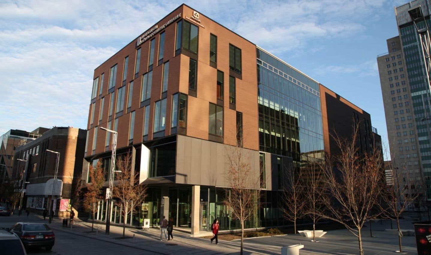 La Maison du développement durable est le tout premier bâtiment certifié LEED® PLATINE Nouvelle construction au Québec.