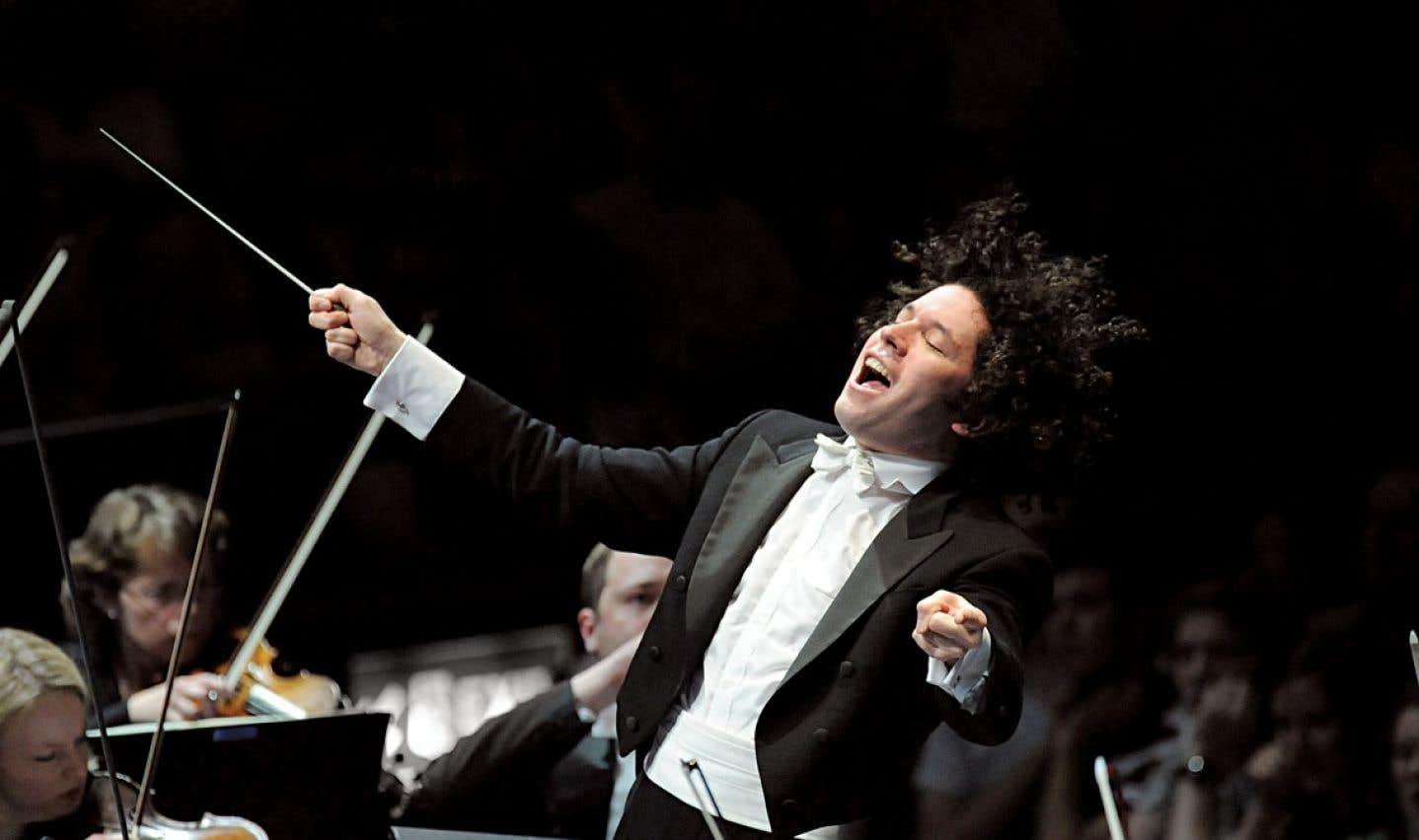 Gustavo Dudamel est le premier chef d'orchestre né d'El Sistema, le système national d'orchestres pour jeunes au Venezuela.