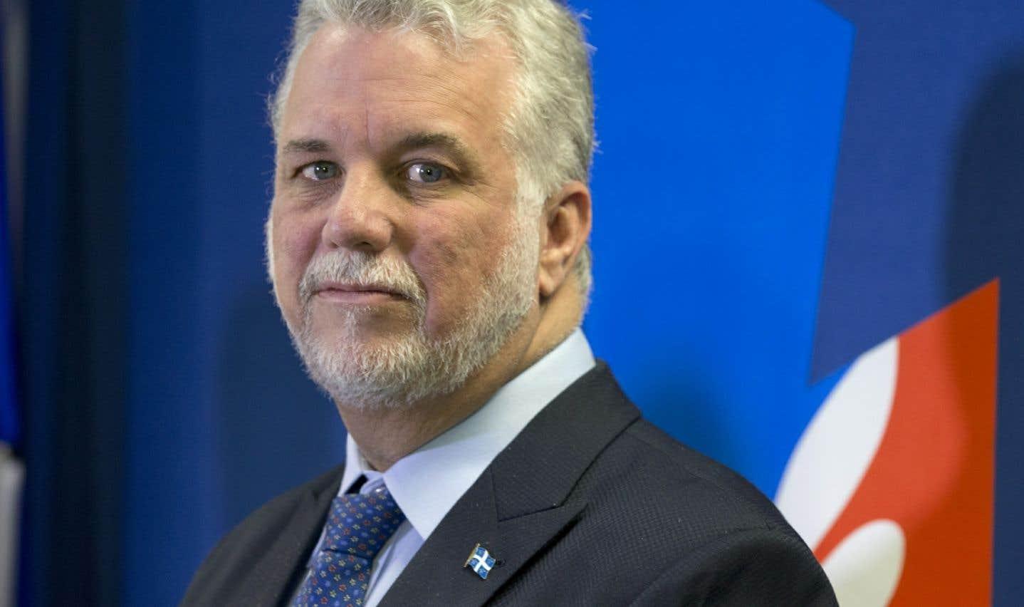 La légère remontée du PLQ de Philippe Couillard (notre photo) se fait au détriment de la CAQ de François Legault, qui a perdu quatre points chez les électeurs francophones.