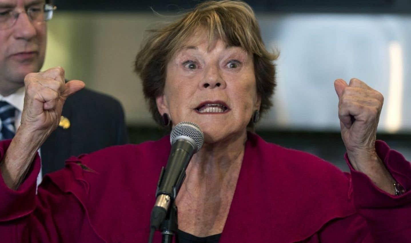 C'est la seconde fois en autant de jours que Janette Bertrand fait publiquement campagne pour les péquistes.