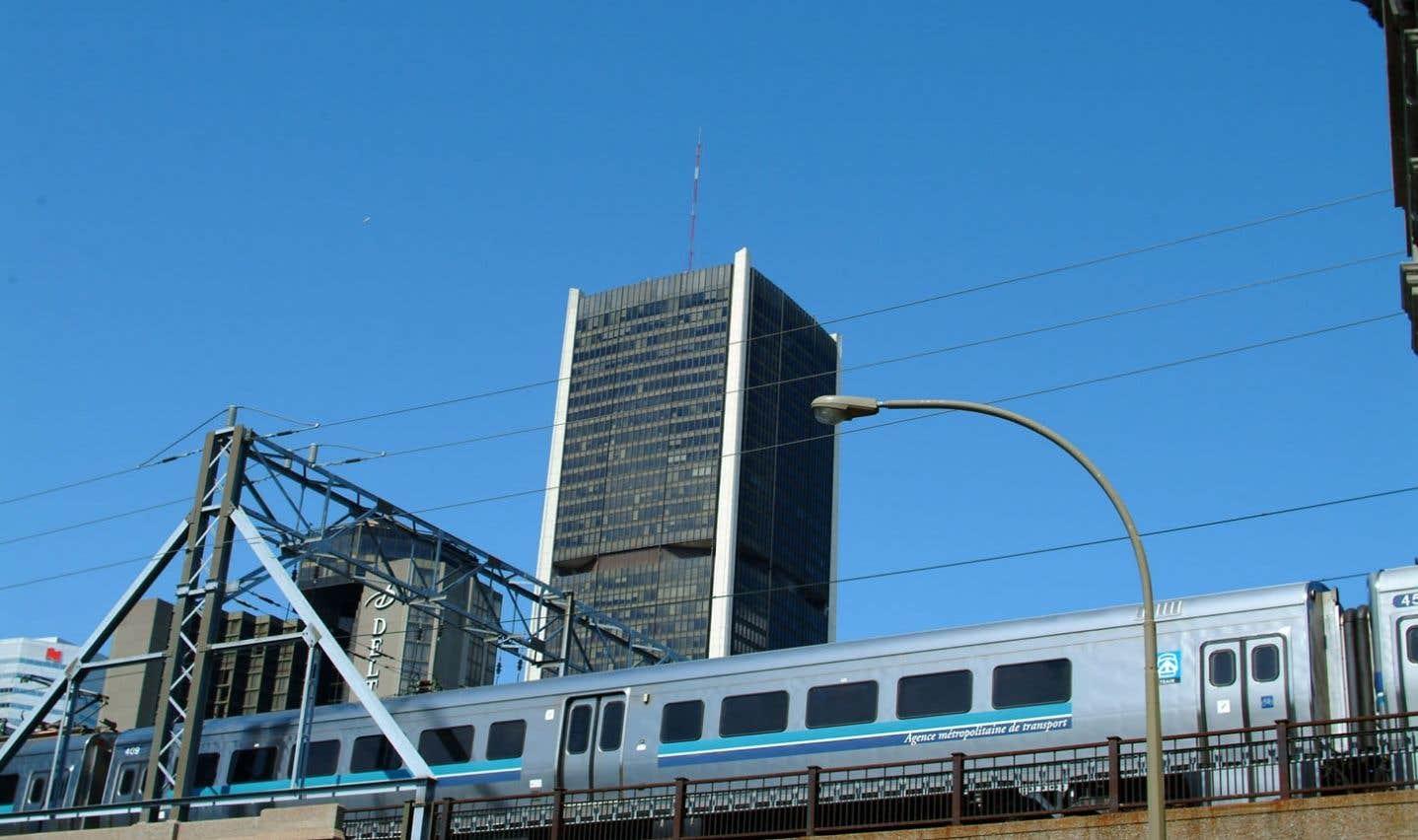 Les activités reliées au bien-être des citoyens — le transport et le logement social, notamment — occupent désormais une place prépondérante dans les responsabilités des administrations municipales.