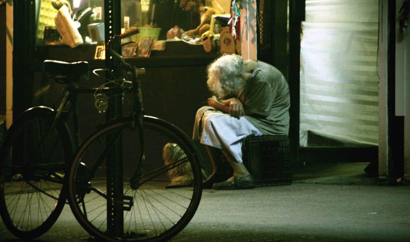 Des femmes âgées envoyées à la rue après un séjour à l'hôpital