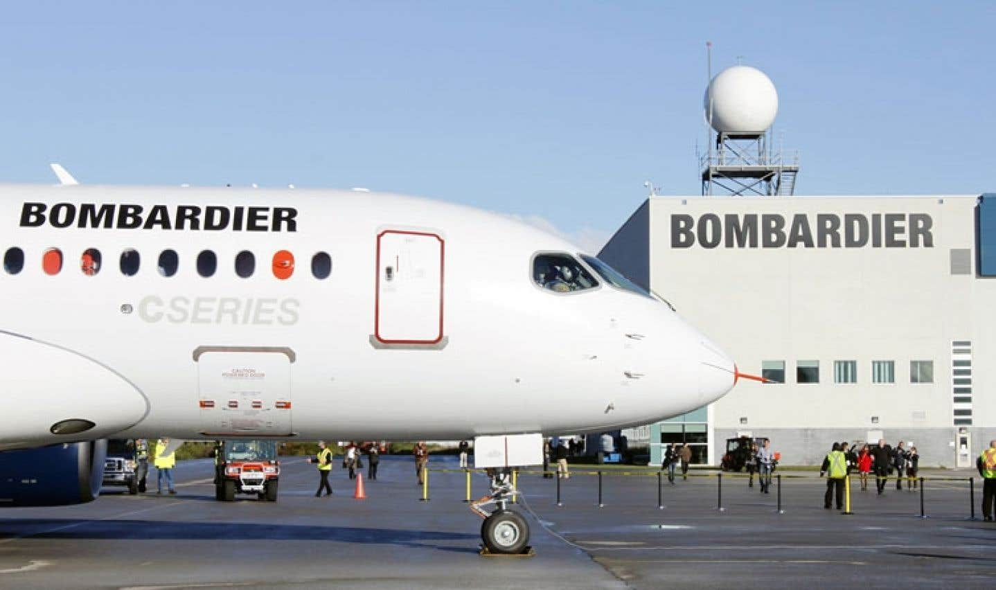 Si la situation perdure, Bombardier n'écarte pas la possibilité de déménager une partie de ses activités, notamment le secteur de la recherche et du développement, à l'extérieur du Québec.