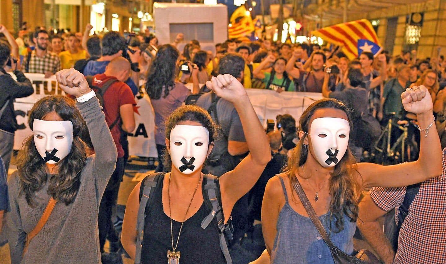 La Catalogne renonce à son référendum sur l'indépendance