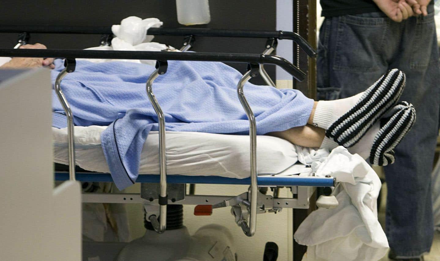 À la congestion des urgences correspond une hausse de la mortalité